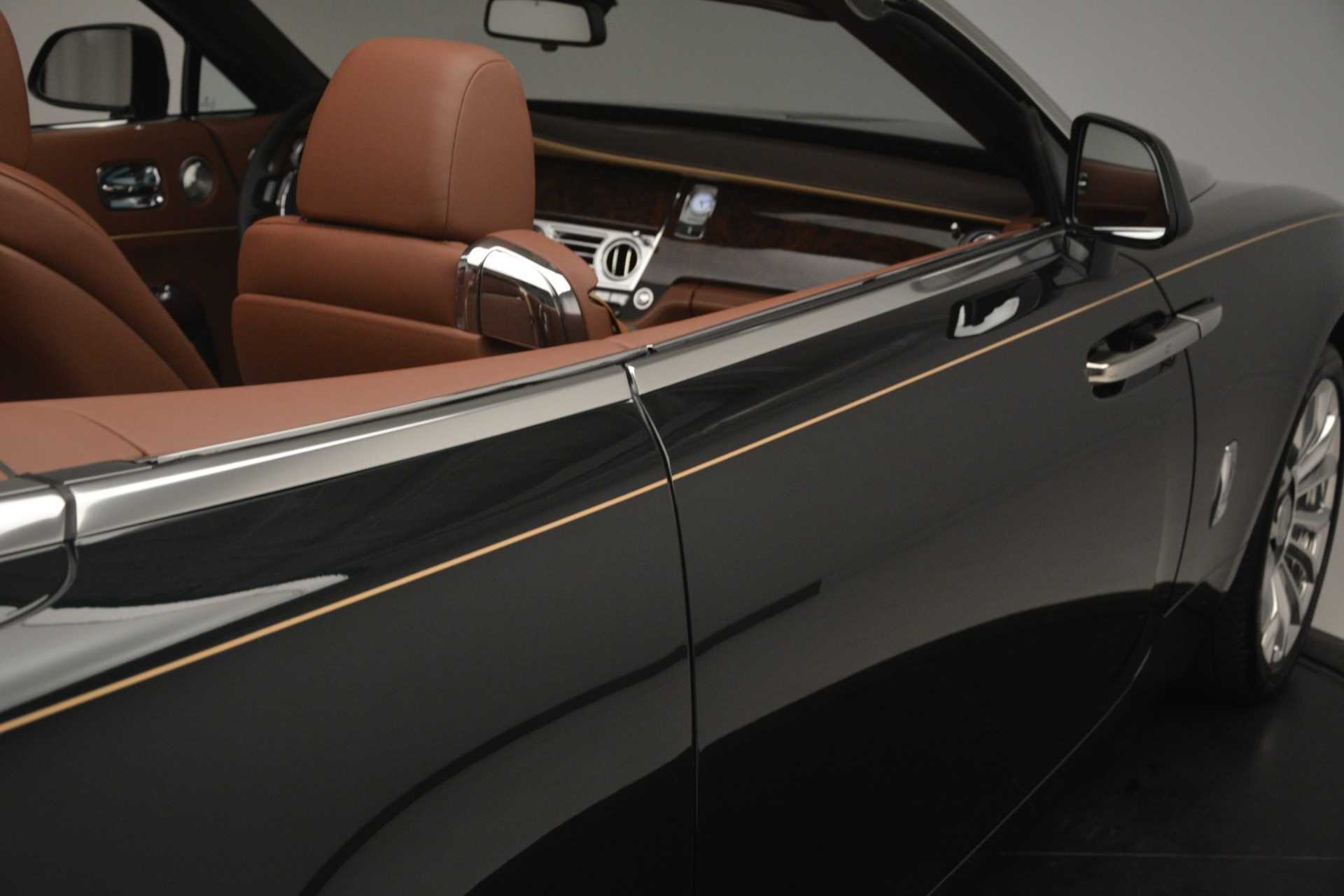 New 2019 Rolls-Royce Dawn  For Sale In Greenwich, CT 2722_p50