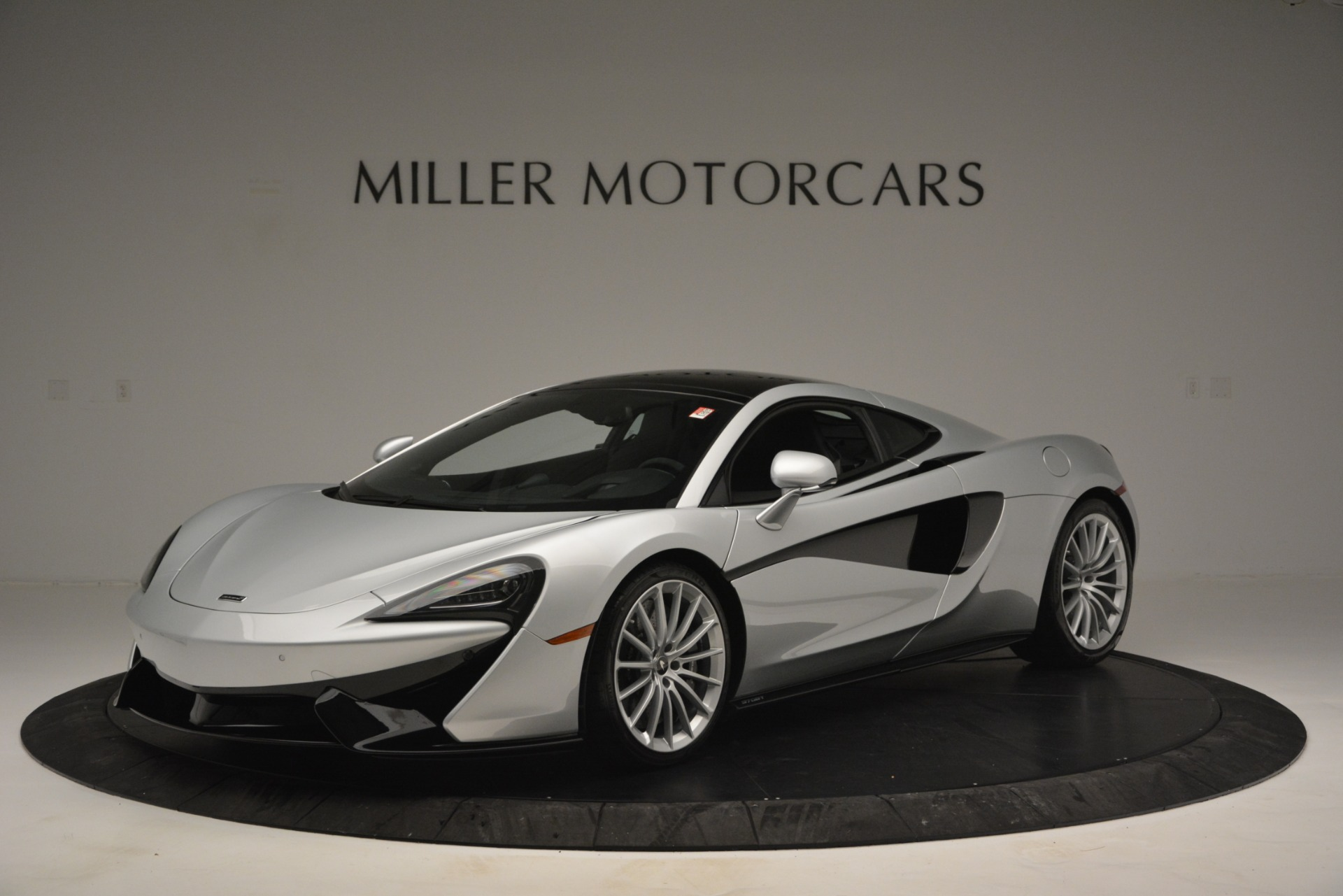 New 2019 McLaren 570GT Coupe For Sale In Greenwich, CT 2725_main