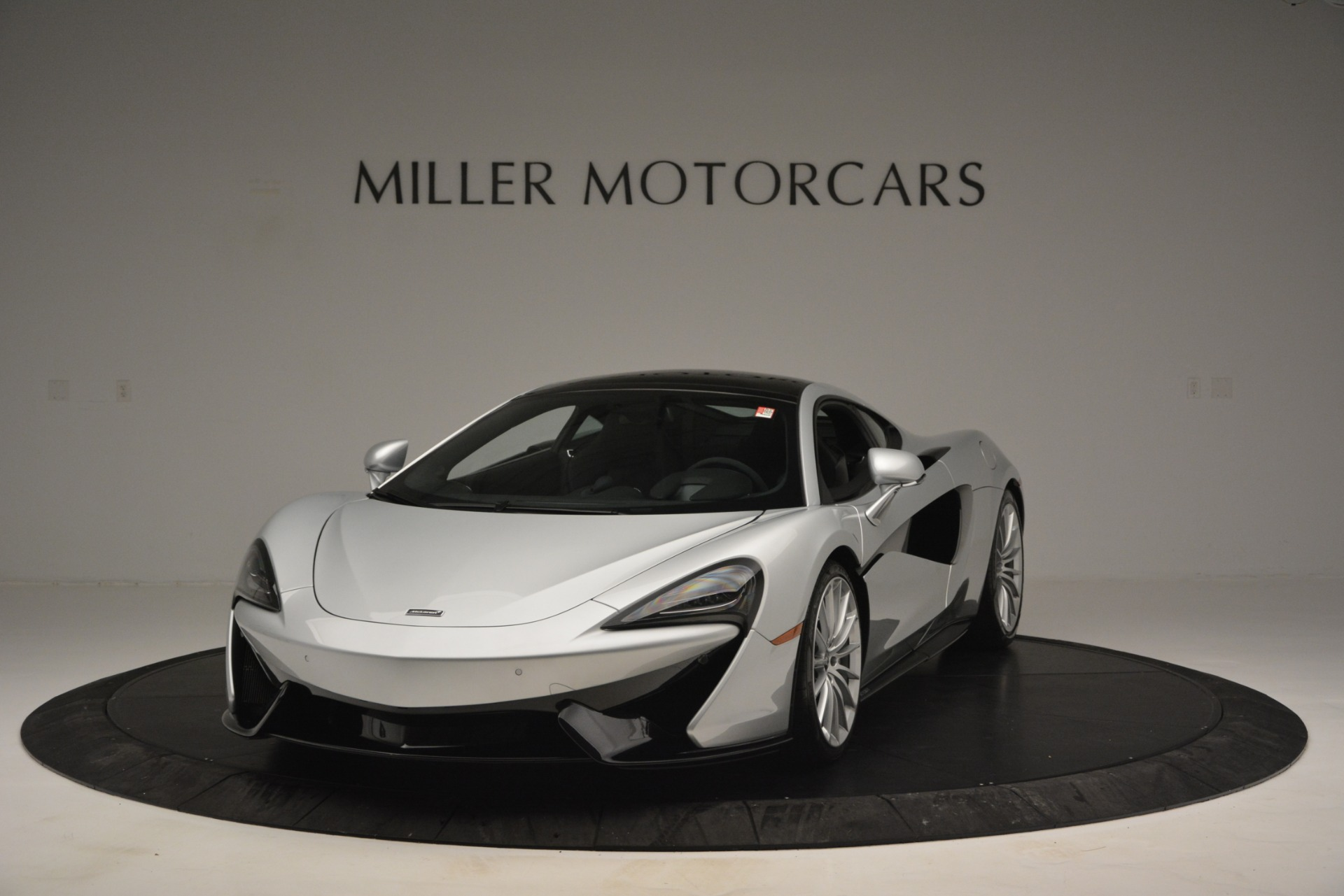 New 2019 McLaren 570GT Coupe For Sale In Greenwich, CT 2725_p2