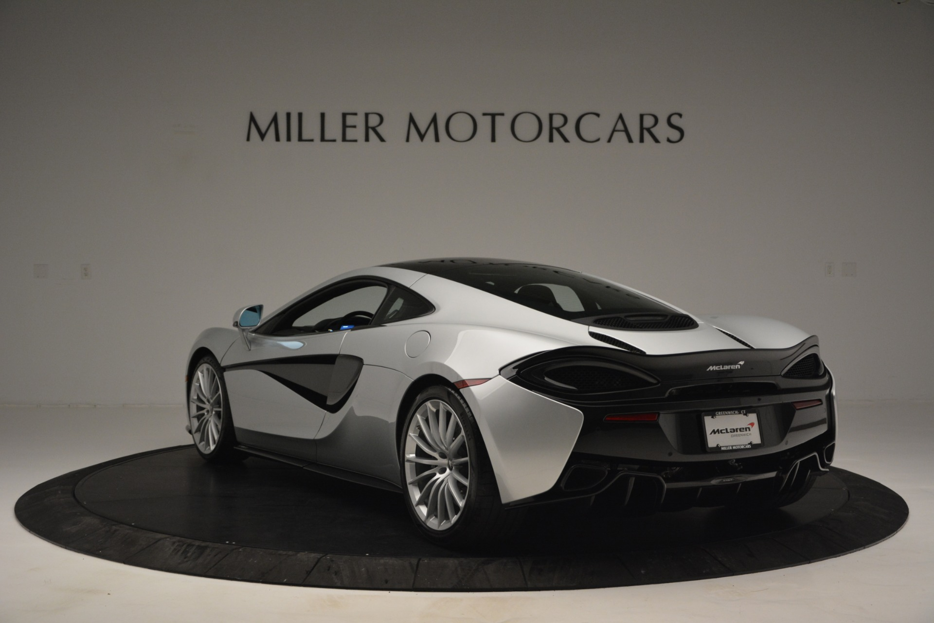 New 2019 McLaren 570GT Coupe For Sale In Greenwich, CT 2725_p5