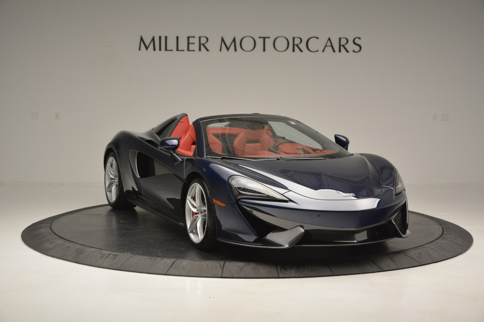 New 2019 McLaren 570S Spider Convertible For Sale In Greenwich, CT 2727_p11