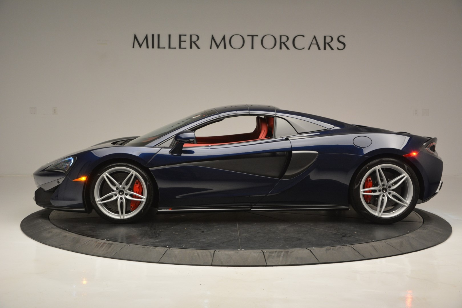 New 2019 McLaren 570S Spider Convertible For Sale In Greenwich, CT 2727_p16