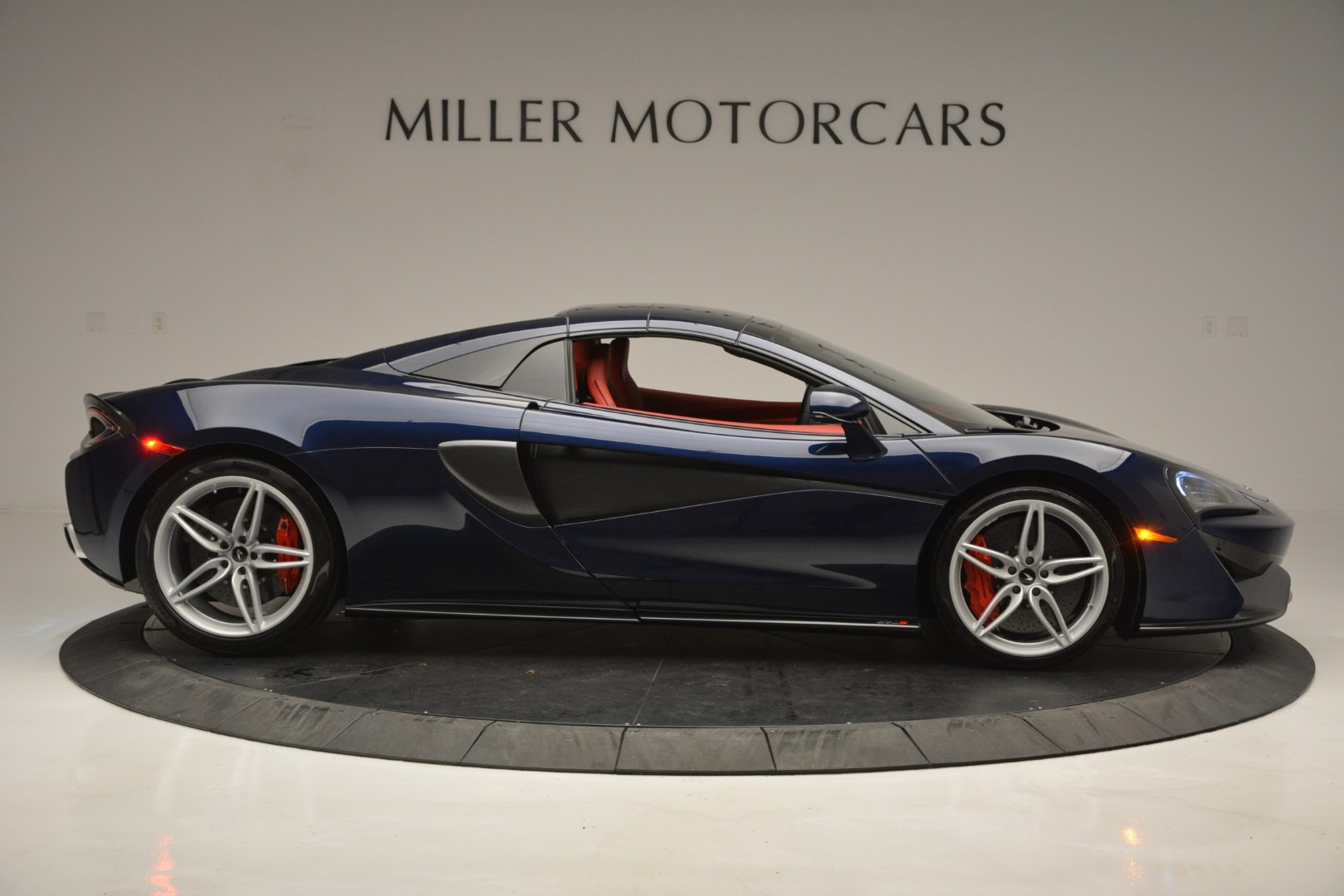 New 2019 McLaren 570S Spider Convertible For Sale In Greenwich, CT 2727_p20