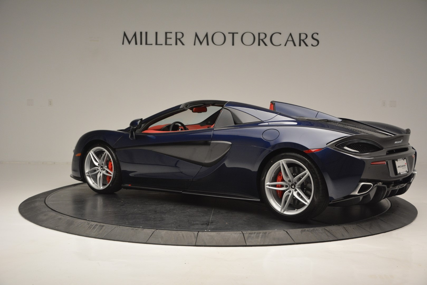 New 2019 McLaren 570S Spider Convertible For Sale In Greenwich, CT 2727_p4