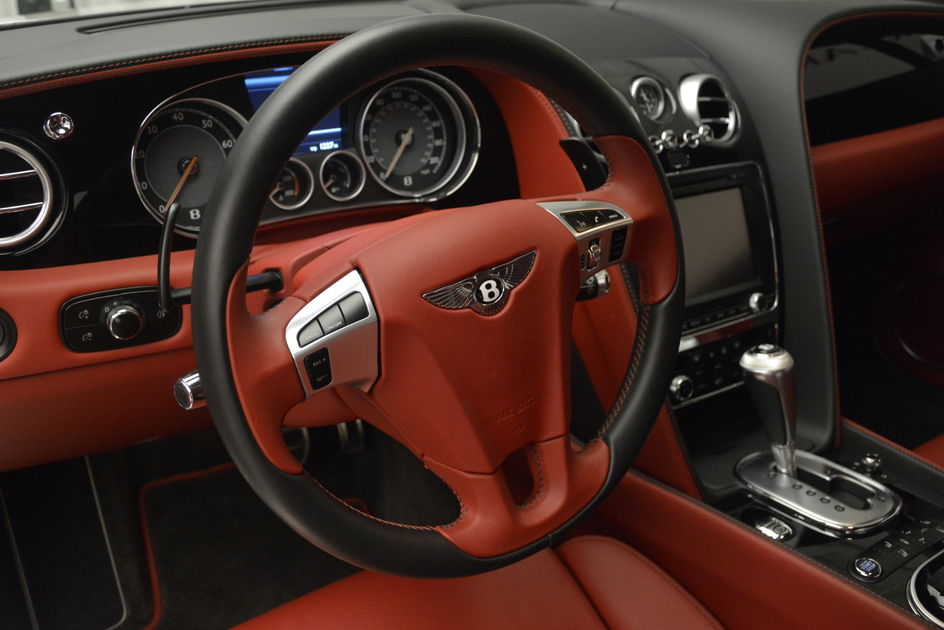 Used 2015 Bentley Continental GT V8 For Sale In Greenwich, CT 2731_p22