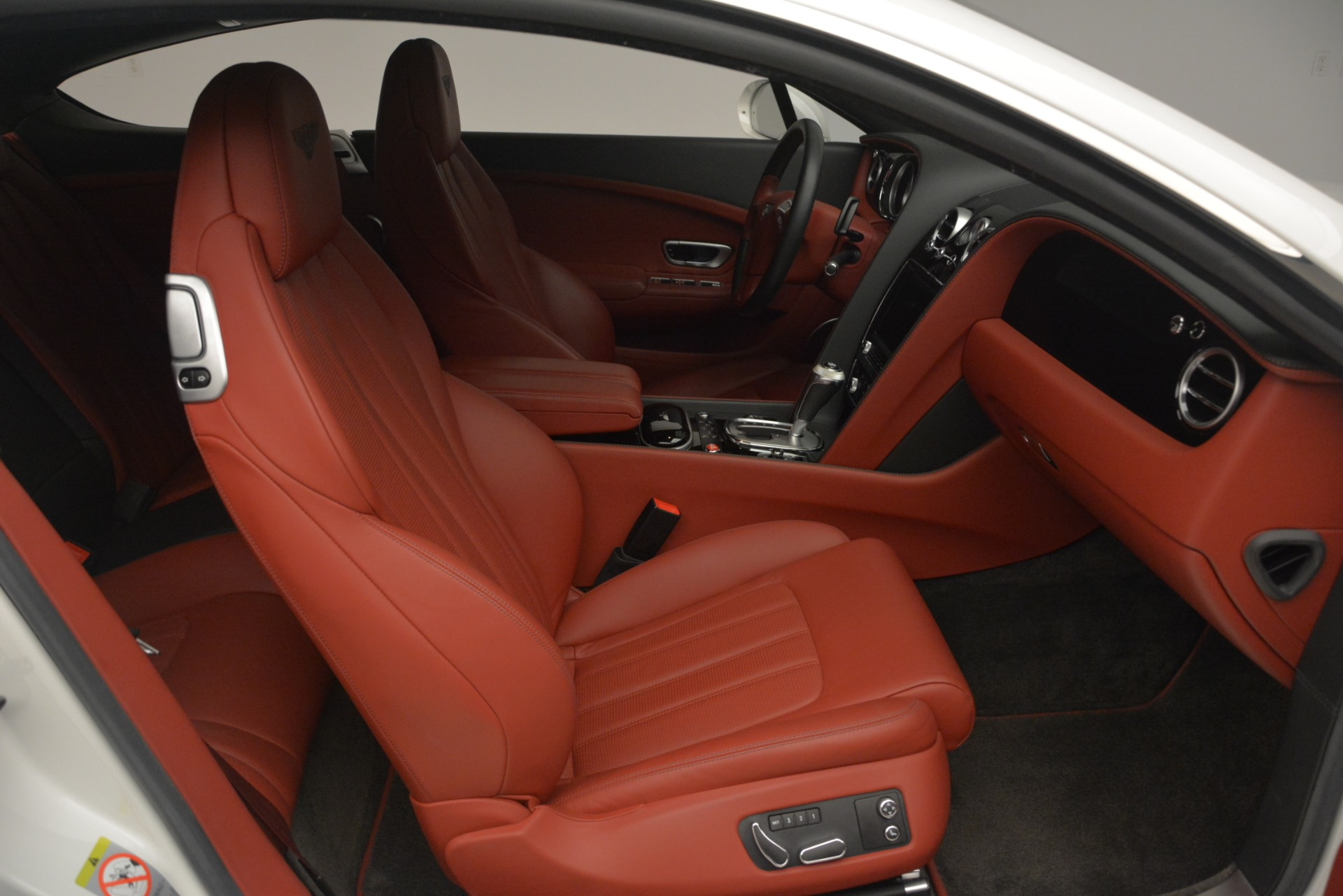 Used 2015 Bentley Continental GT V8 For Sale In Greenwich, CT 2731_p25
