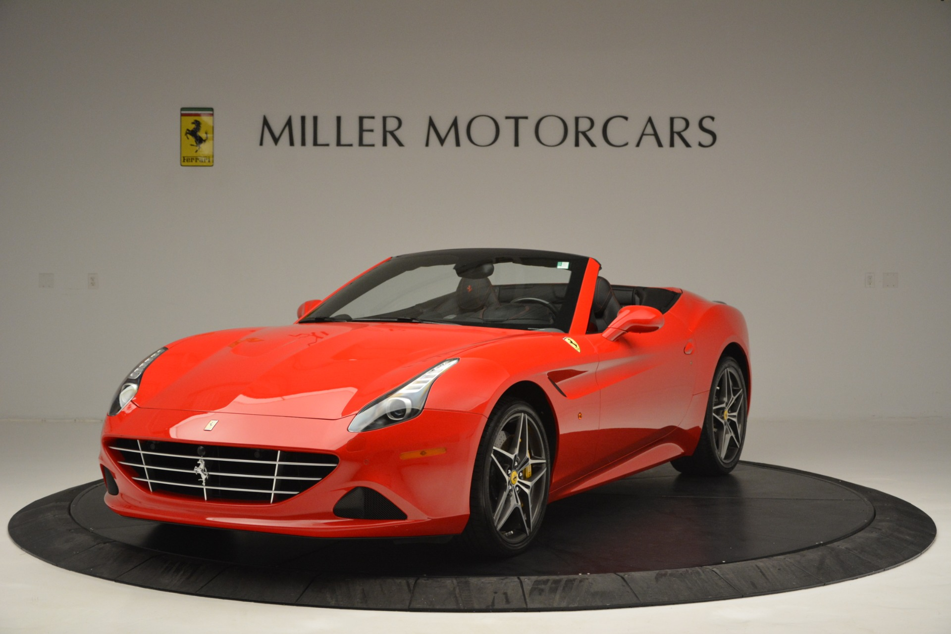 Used 2016 Ferrari California T  For Sale In Greenwich, CT 2734_main