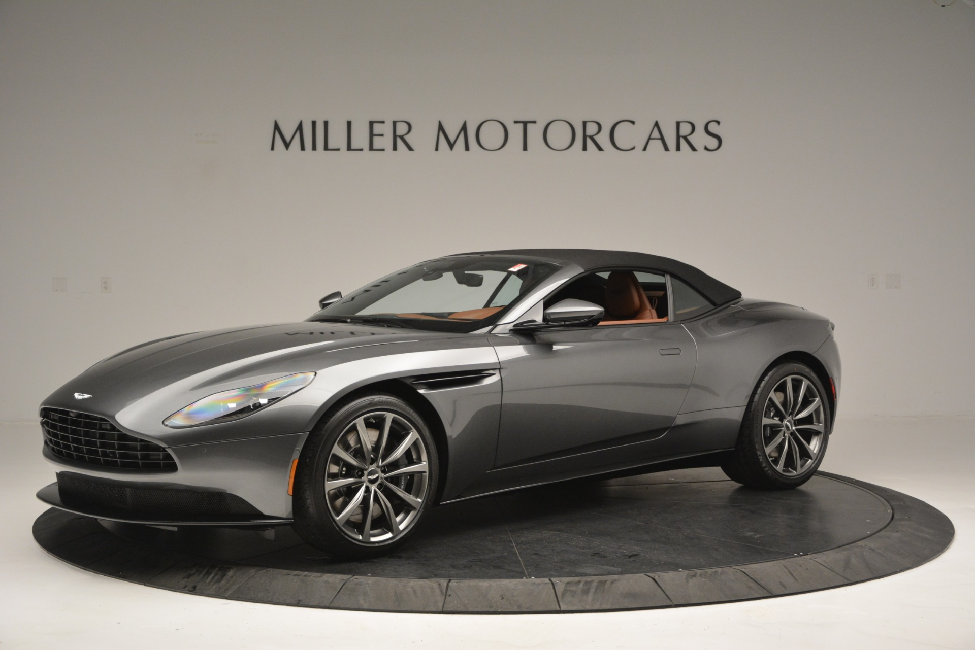 New 2019 Aston Martin DB11 V8 Convertible For Sale In Greenwich, CT 2762_p14