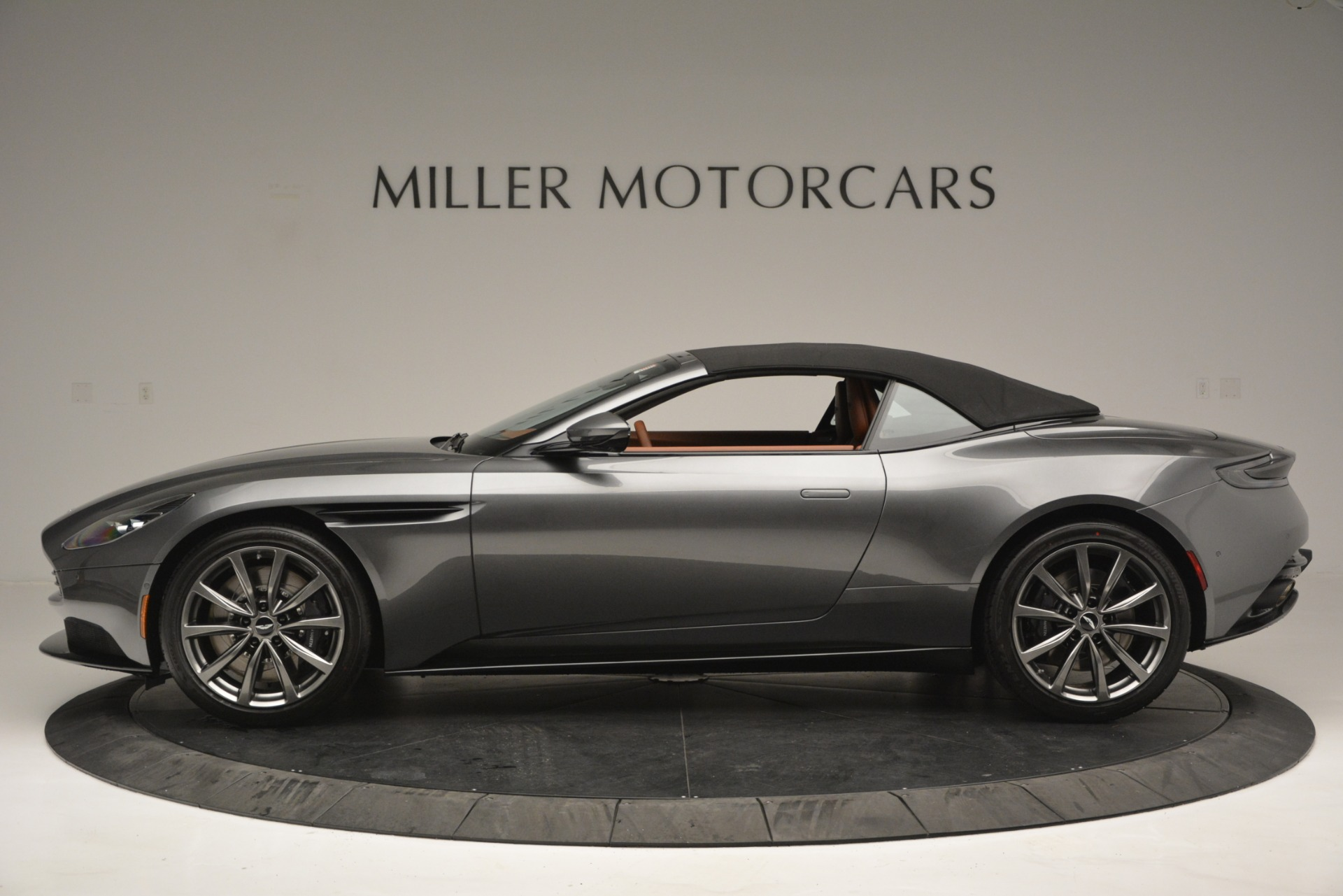 New 2019 Aston Martin DB11 V8 Convertible For Sale In Greenwich, CT 2762_p15