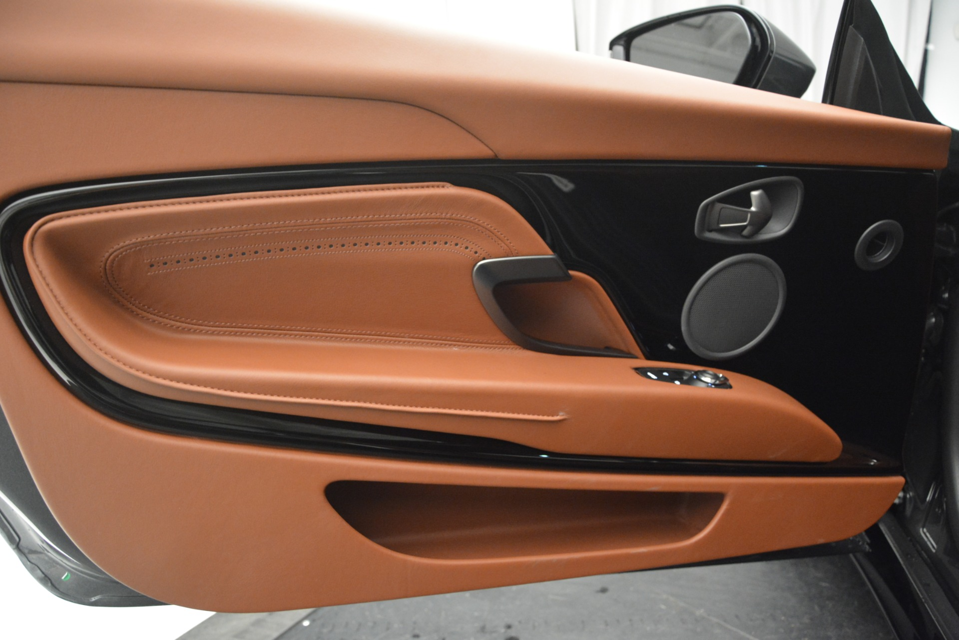New 2019 Aston Martin DB11 V8 Convertible For Sale In Greenwich, CT 2762_p24
