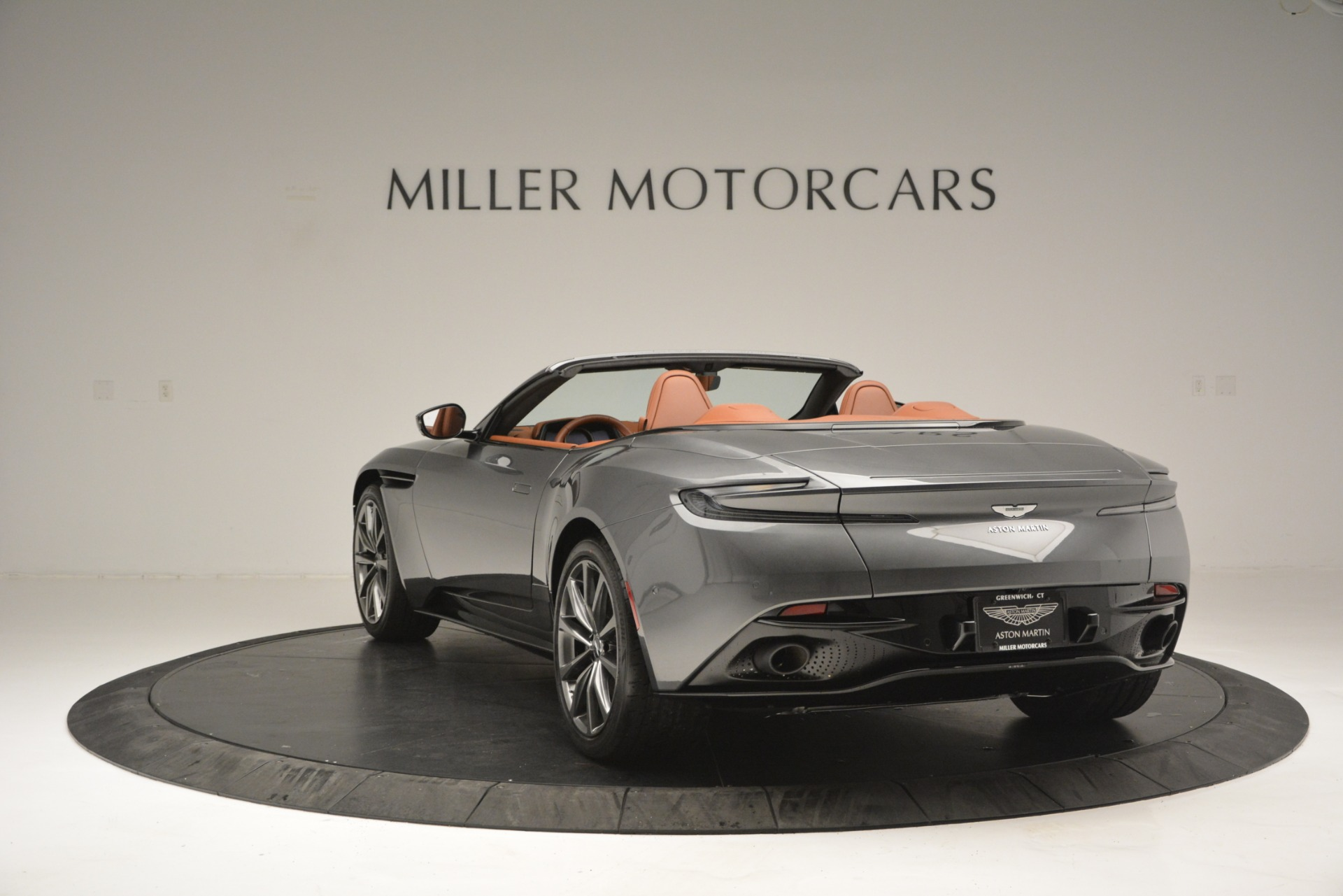 New 2019 Aston Martin DB11 V8 Convertible For Sale In Greenwich, CT 2762_p4