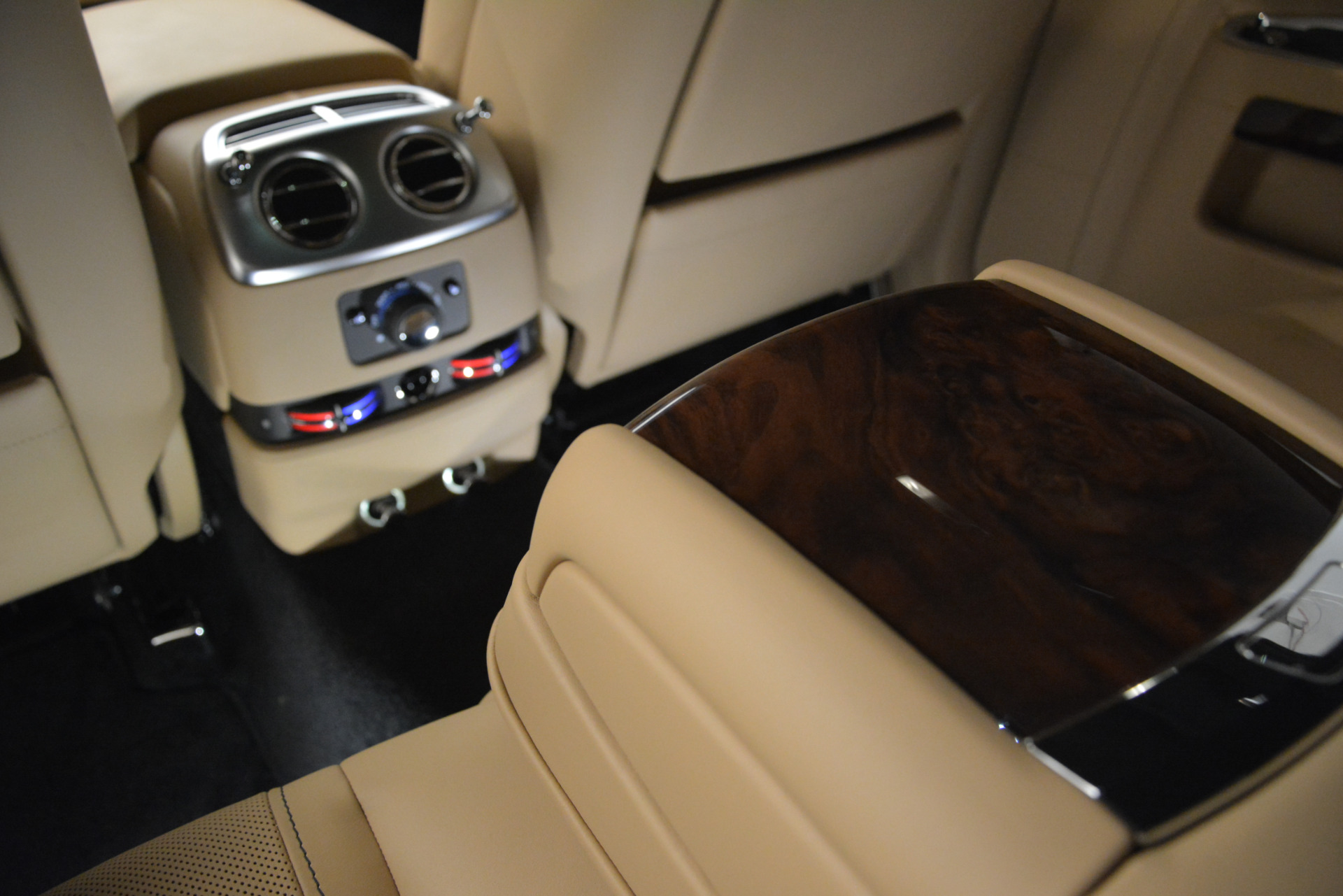 Used 2018 Rolls-Royce Ghost  For Sale In Greenwich, CT 2770_p23