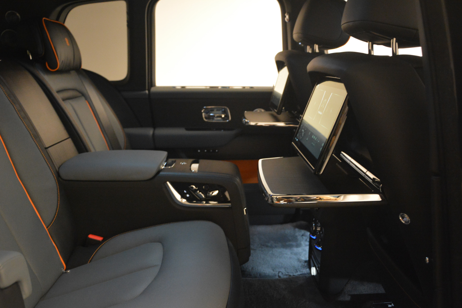 New 2019 Rolls-Royce Cullinan  For Sale In Greenwich, CT 2774_p27