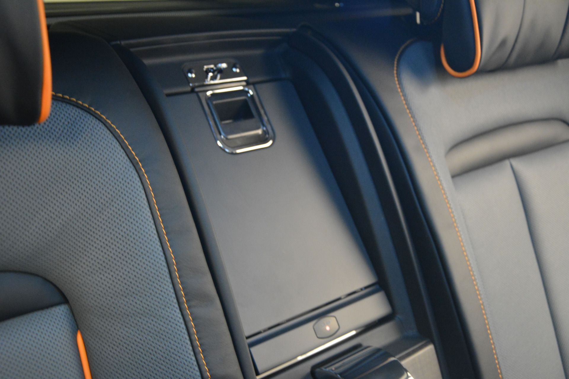 New 2019 Rolls-Royce Cullinan  For Sale In Greenwich, CT 2774_p30