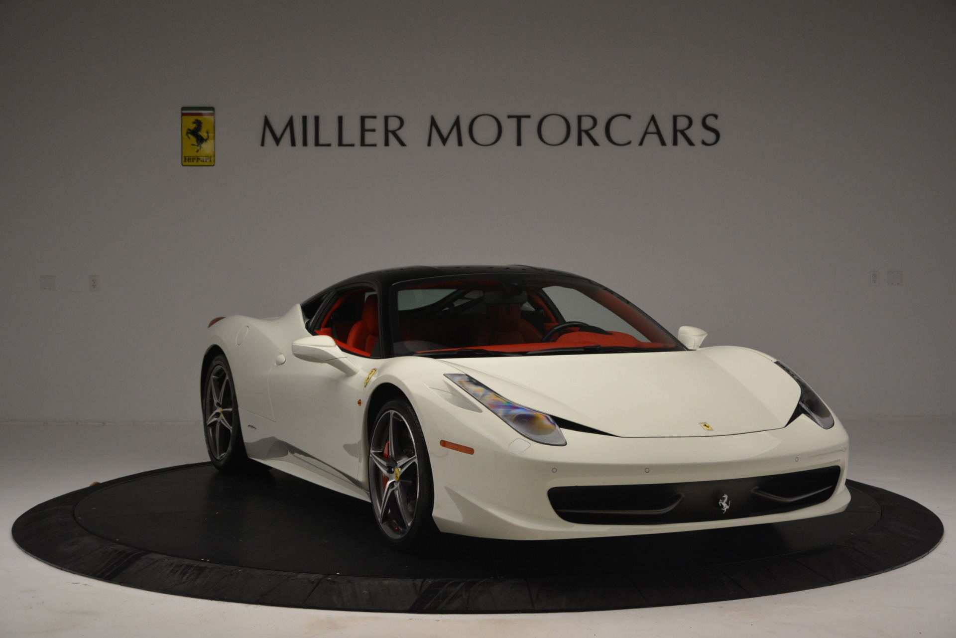 Used 2012 Ferrari 458 Italia  For Sale In Greenwich, CT 2781_p11