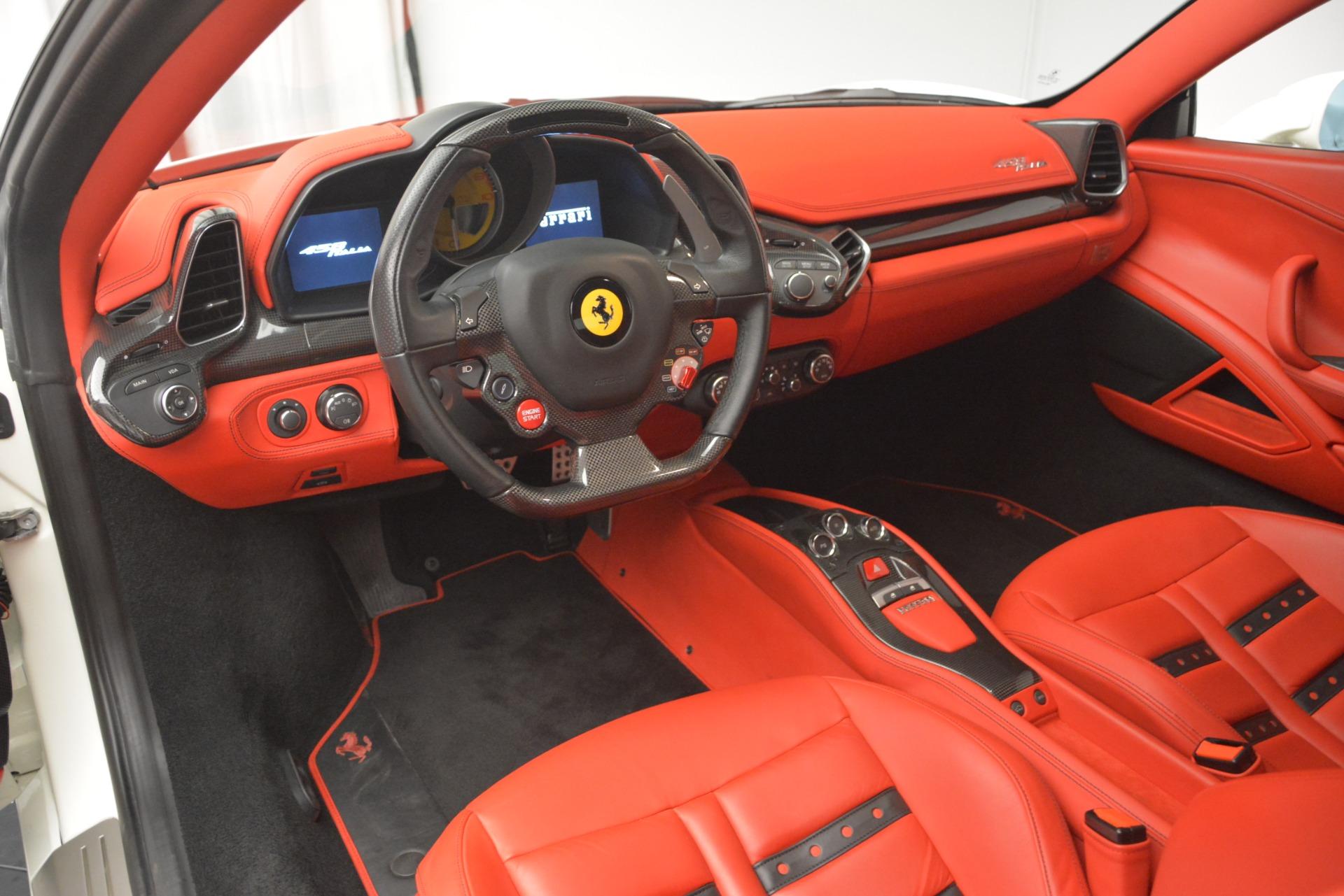 Used 2012 Ferrari 458 Italia  For Sale In Greenwich, CT 2781_p13