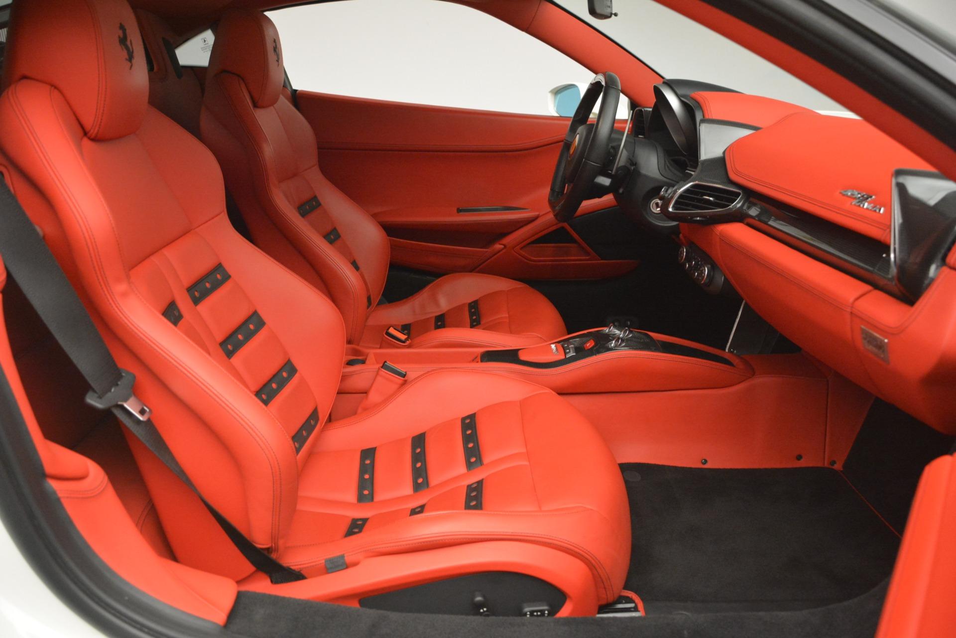 Used 2012 Ferrari 458 Italia  For Sale In Greenwich, CT 2781_p18