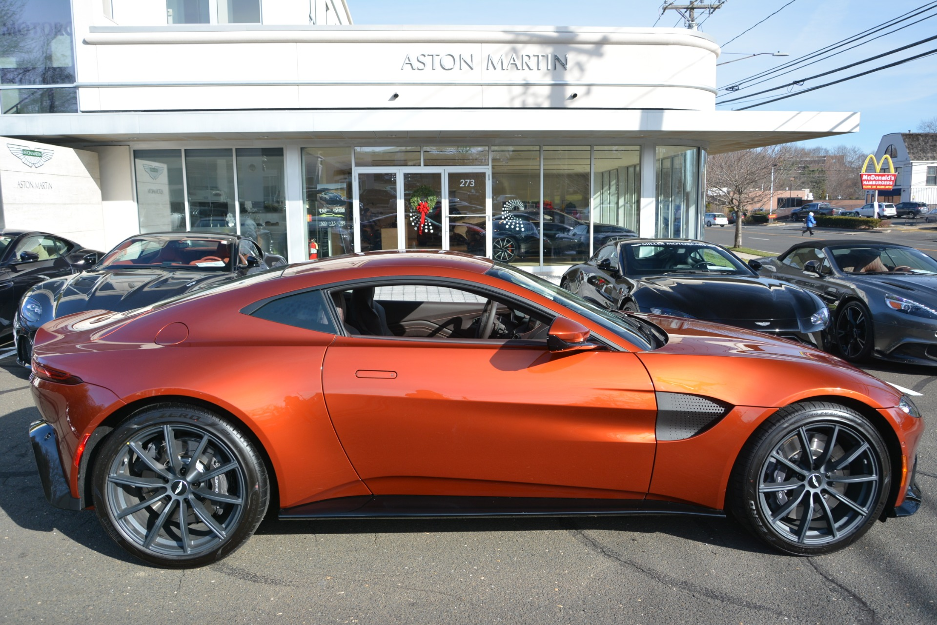 Used 2019 Aston Martin Vantage Coupe For Sale In Greenwich, CT 2784_p22