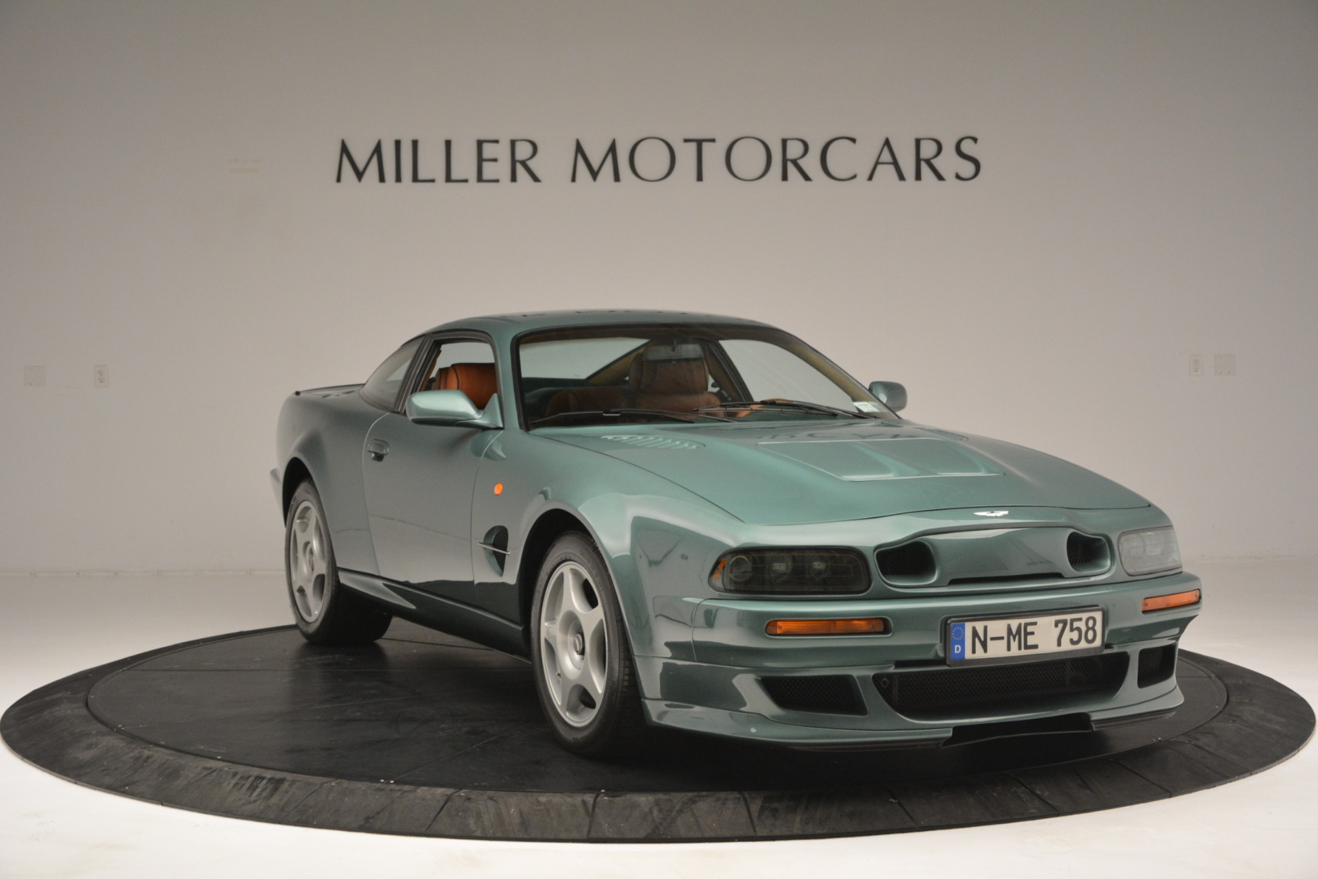Used 1999 Aston Martin V8 Vantage Le Mans V600 Coupe For Sale In Greenwich, CT 2789_p13
