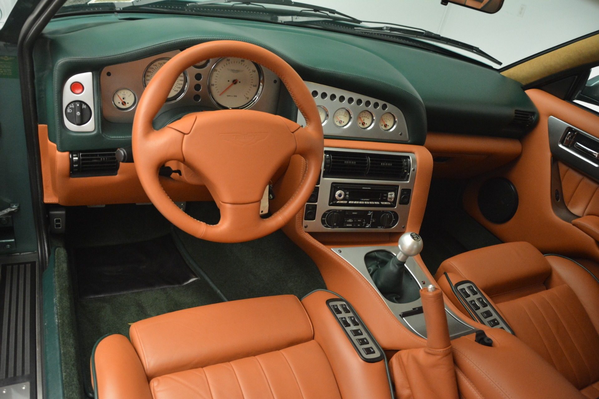 Used 1999 Aston Martin V8 Vantage Le Mans V600 Coupe For Sale In Greenwich, CT 2789_p16