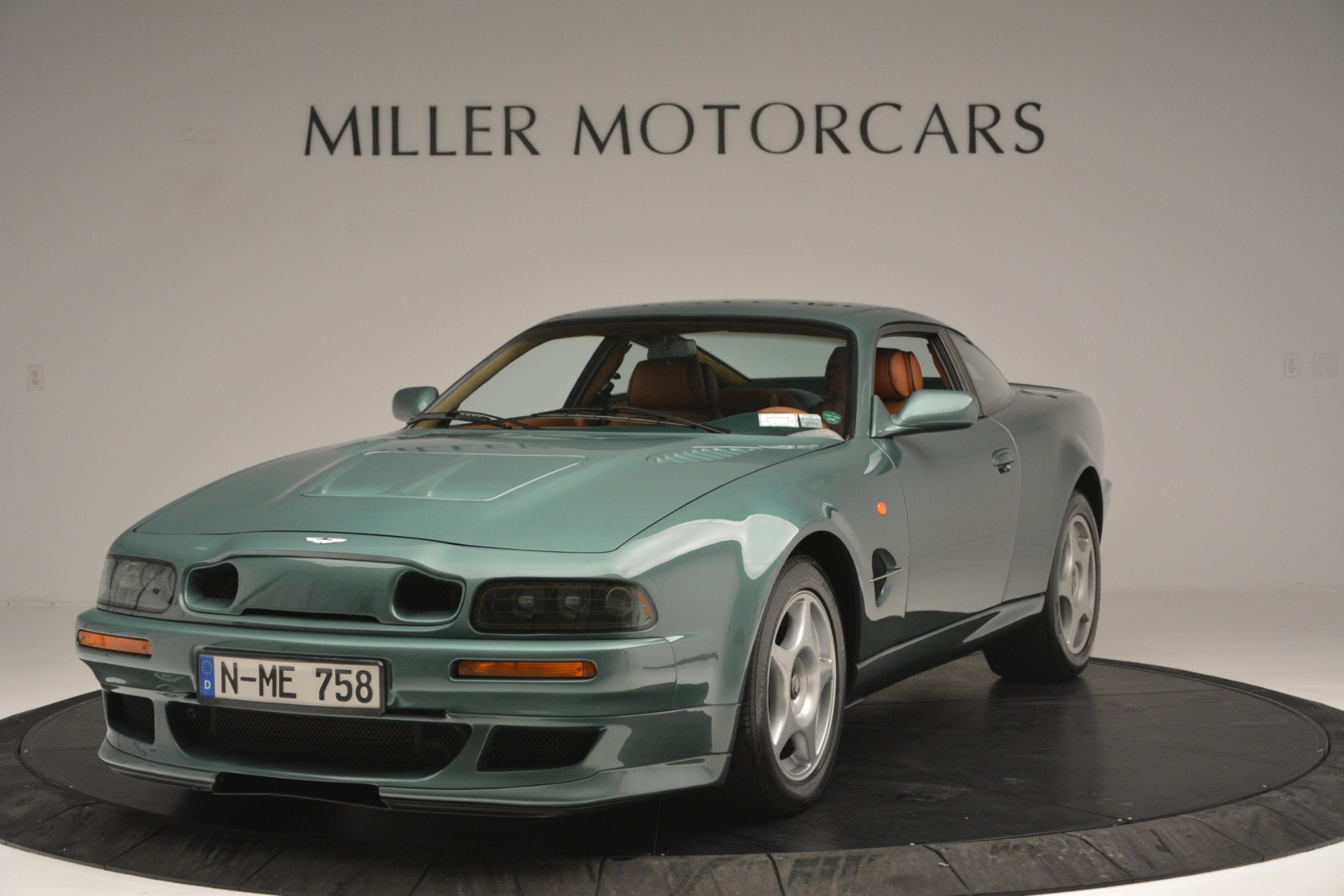 Used 1999 Aston Martin V8 Vantage Le Mans V600 Coupe For Sale In Greenwich, CT 2789_p2