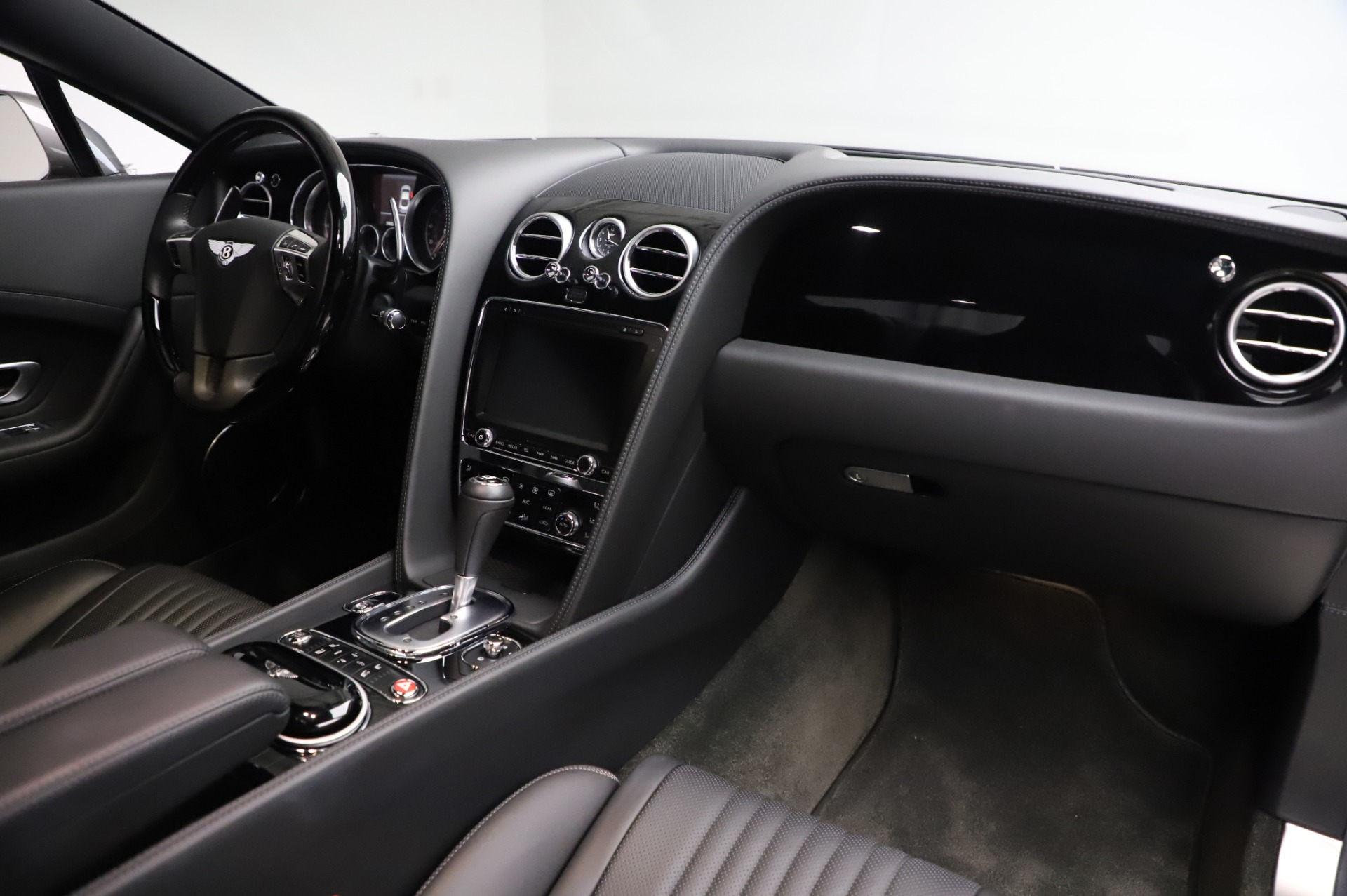 Used 2016 Bentley Continental GT W12 For Sale In Greenwich, CT 28_p18
