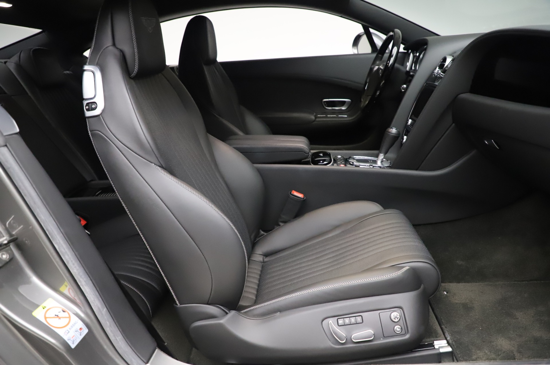 Used 2016 Bentley Continental GT W12 For Sale In Greenwich, CT 28_p19