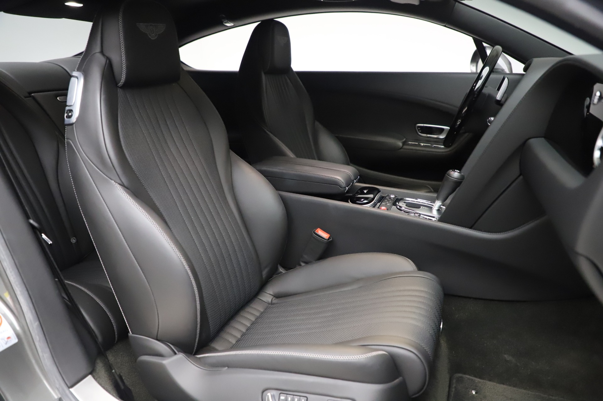 Used 2016 Bentley Continental GT W12 For Sale In Greenwich, CT 28_p20