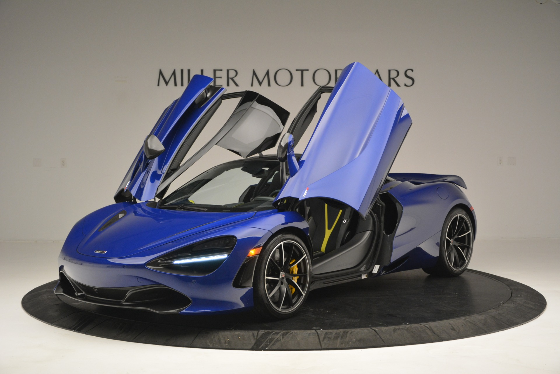 Used 2018 McLaren 720S Performance For Sale In Greenwich, CT 2804_p14