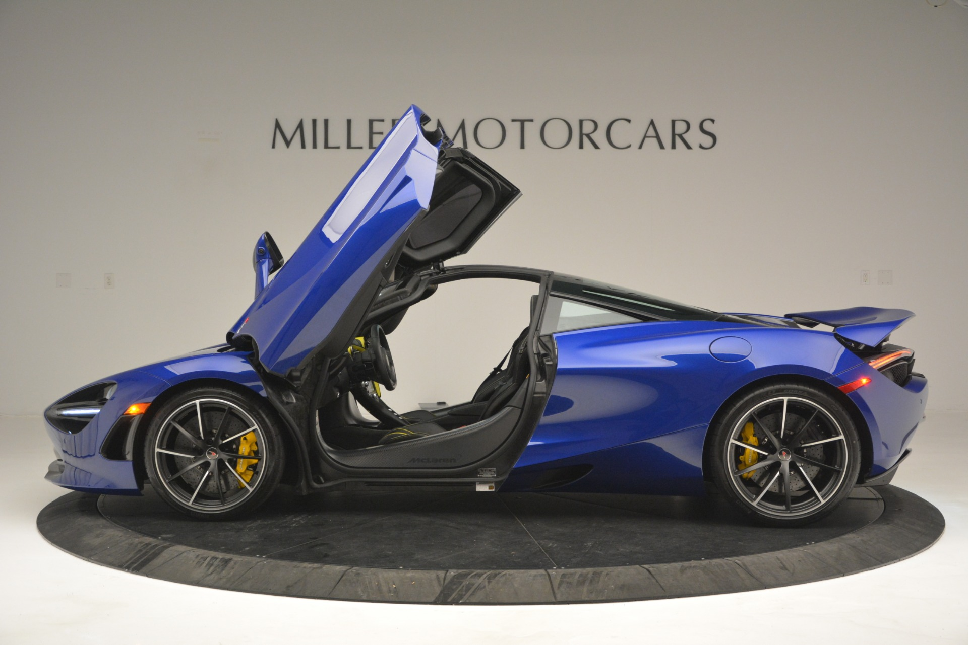 Used 2018 McLaren 720S Performance For Sale In Greenwich, CT 2804_p15