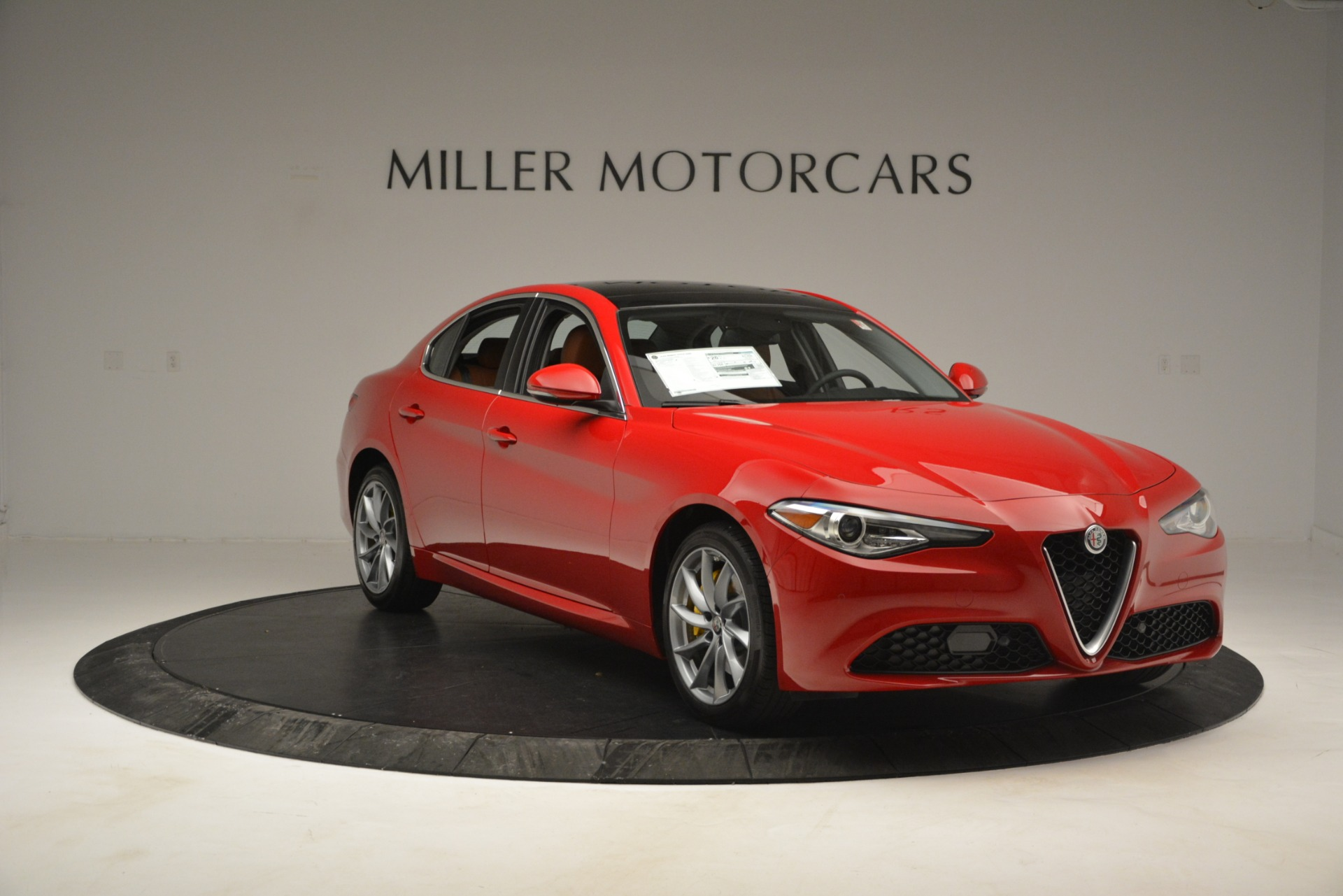New 2019 Alfa Romeo Giulia Q4 For Sale In Greenwich, CT 2821_p11