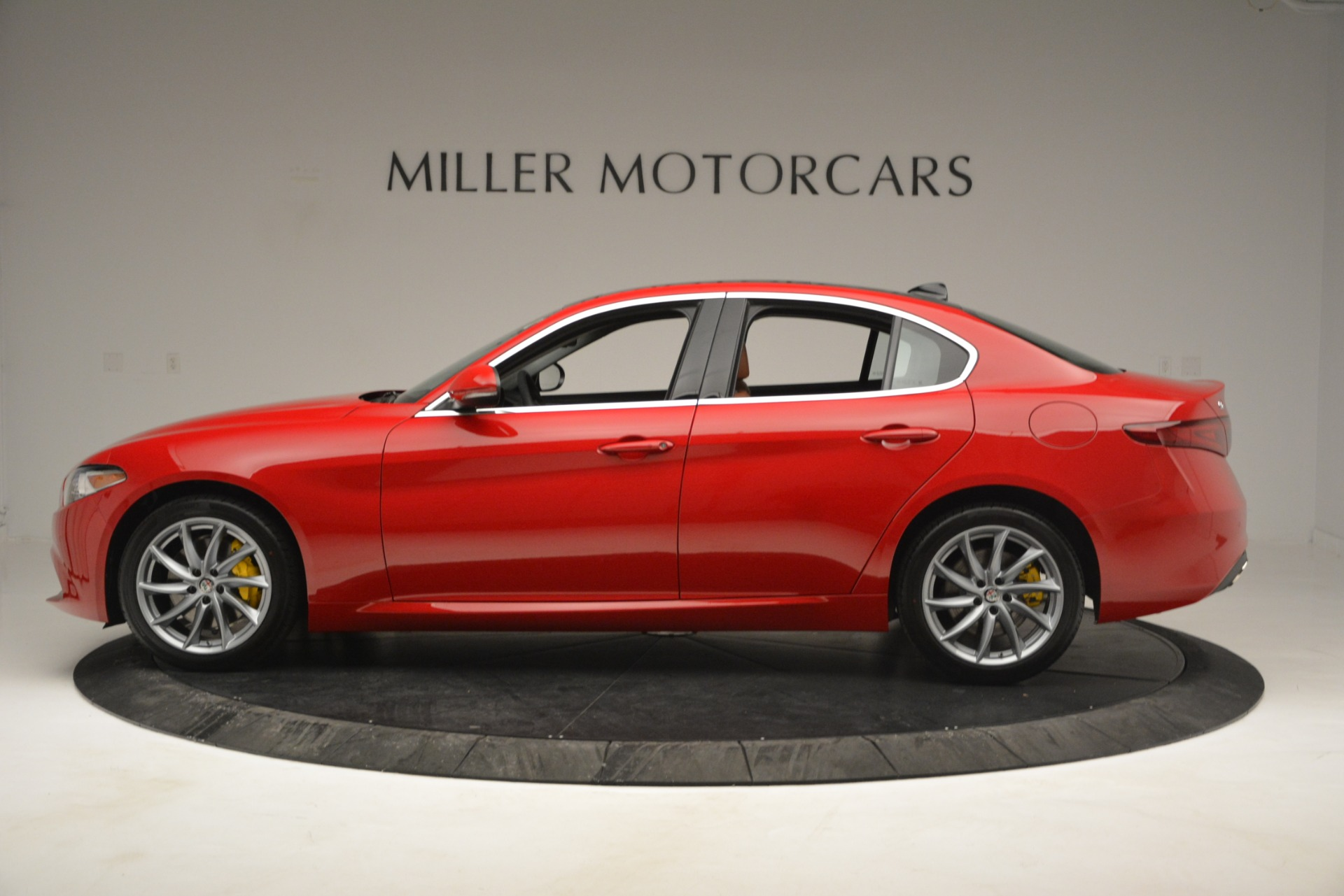 New 2019 Alfa Romeo Giulia Q4 For Sale In Greenwich, CT 2821_p3