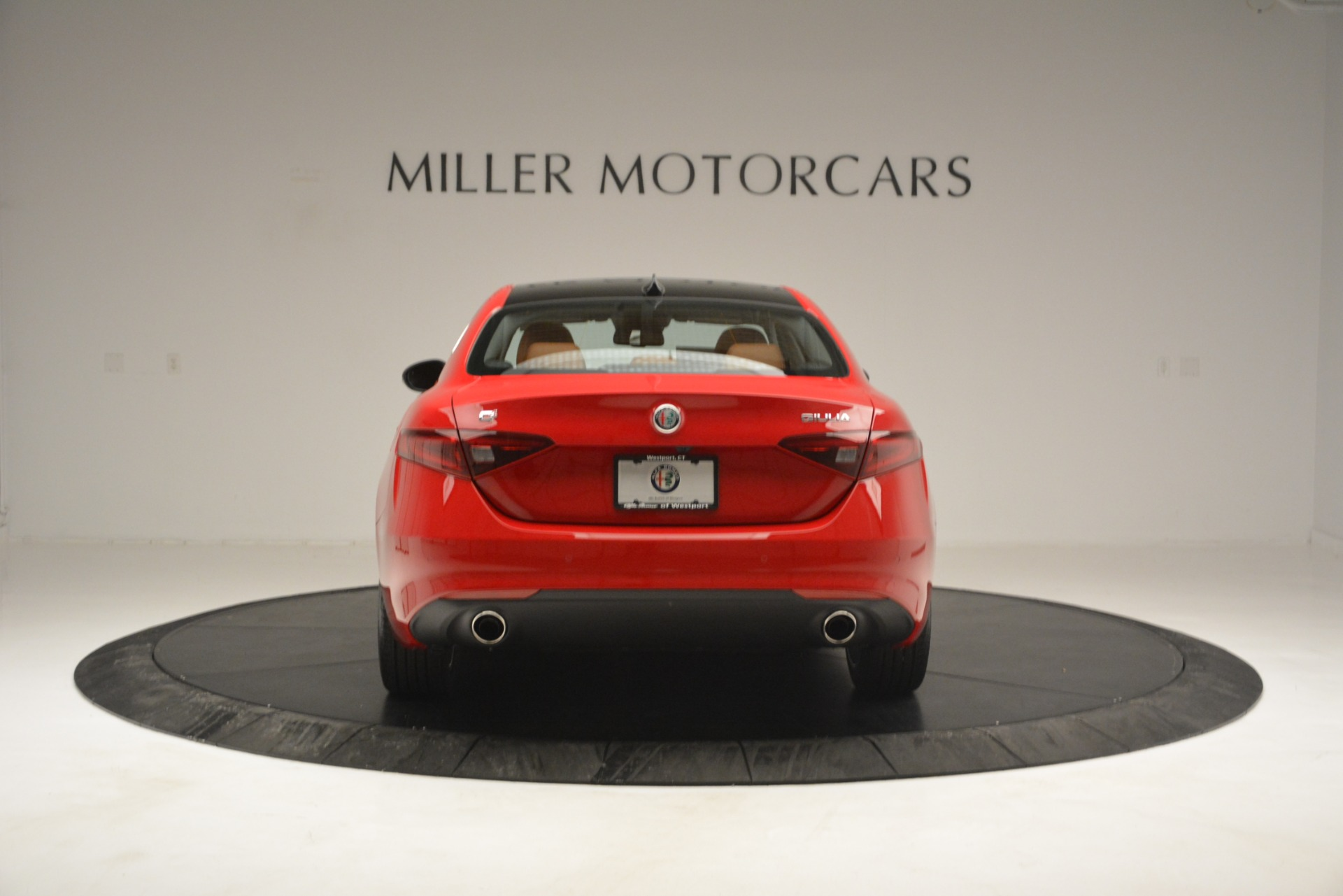 New 2019 Alfa Romeo Giulia Q4 For Sale In Greenwich, CT 2821_p6
