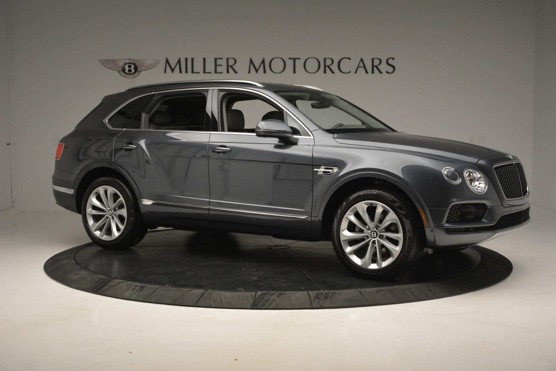 New 2019 Bentley Bentayga V8 For Sale In Greenwich, CT 2828_p10