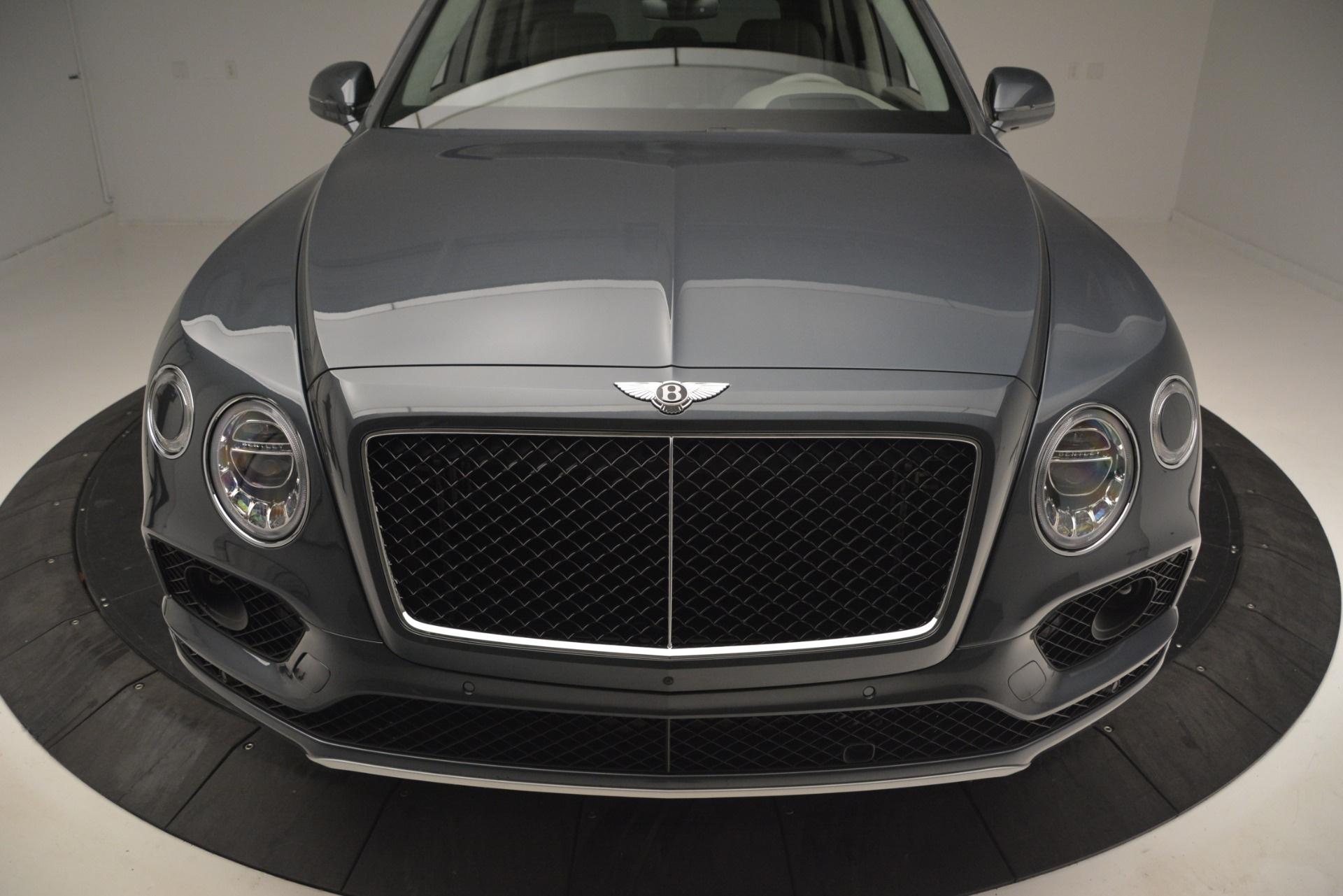 New 2019 Bentley Bentayga V8 For Sale In Greenwich, CT 2828_p13