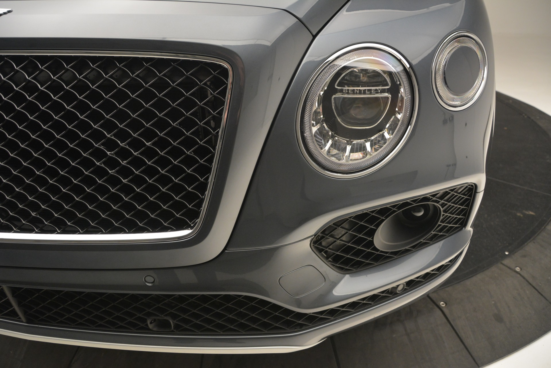 New 2019 Bentley Bentayga V8 For Sale In Greenwich, CT 2828_p14