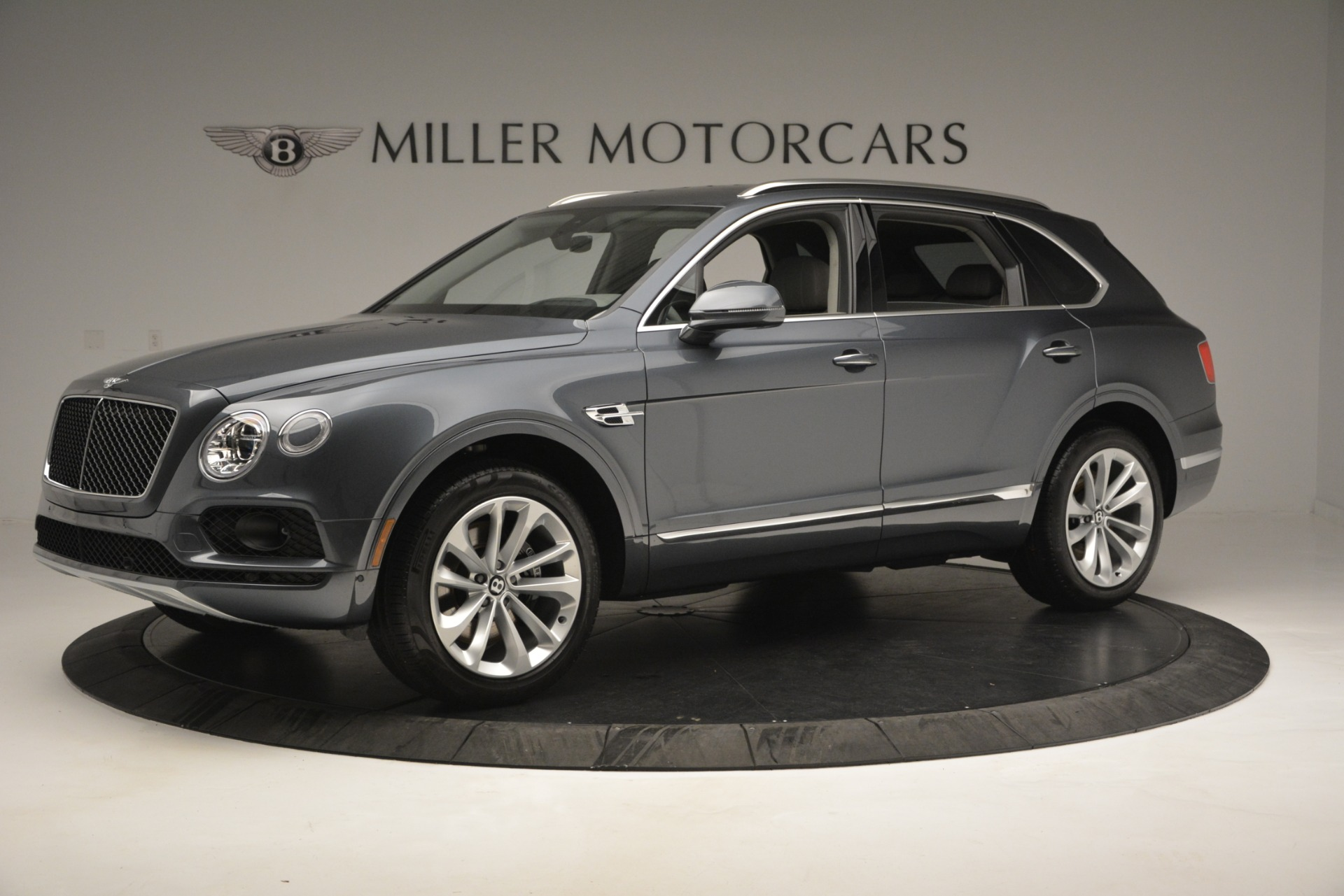 New 2019 Bentley Bentayga V8 For Sale In Greenwich, CT 2828_p2