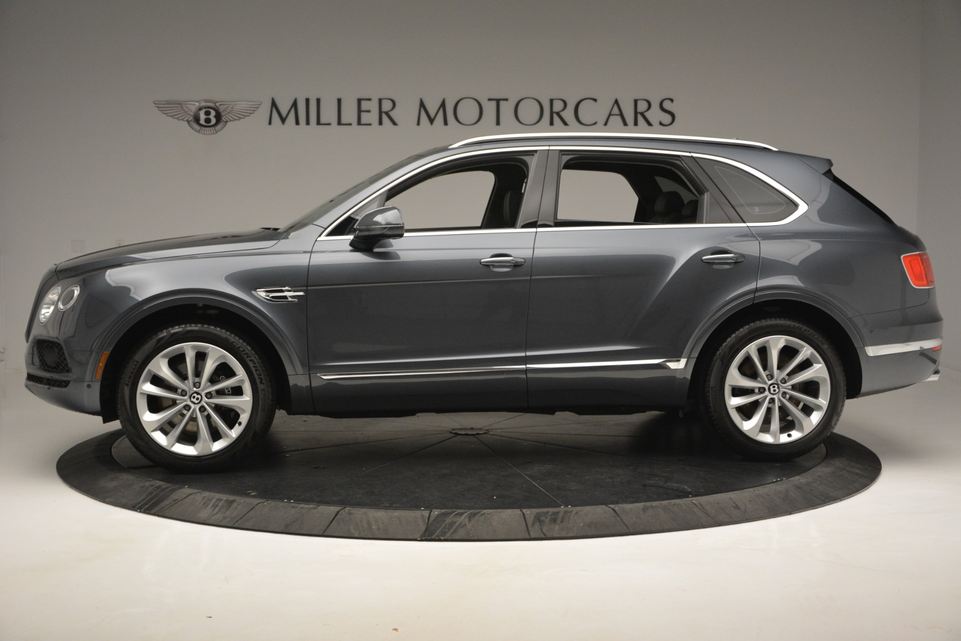 New 2019 Bentley Bentayga V8 For Sale In Greenwich, CT 2828_p3