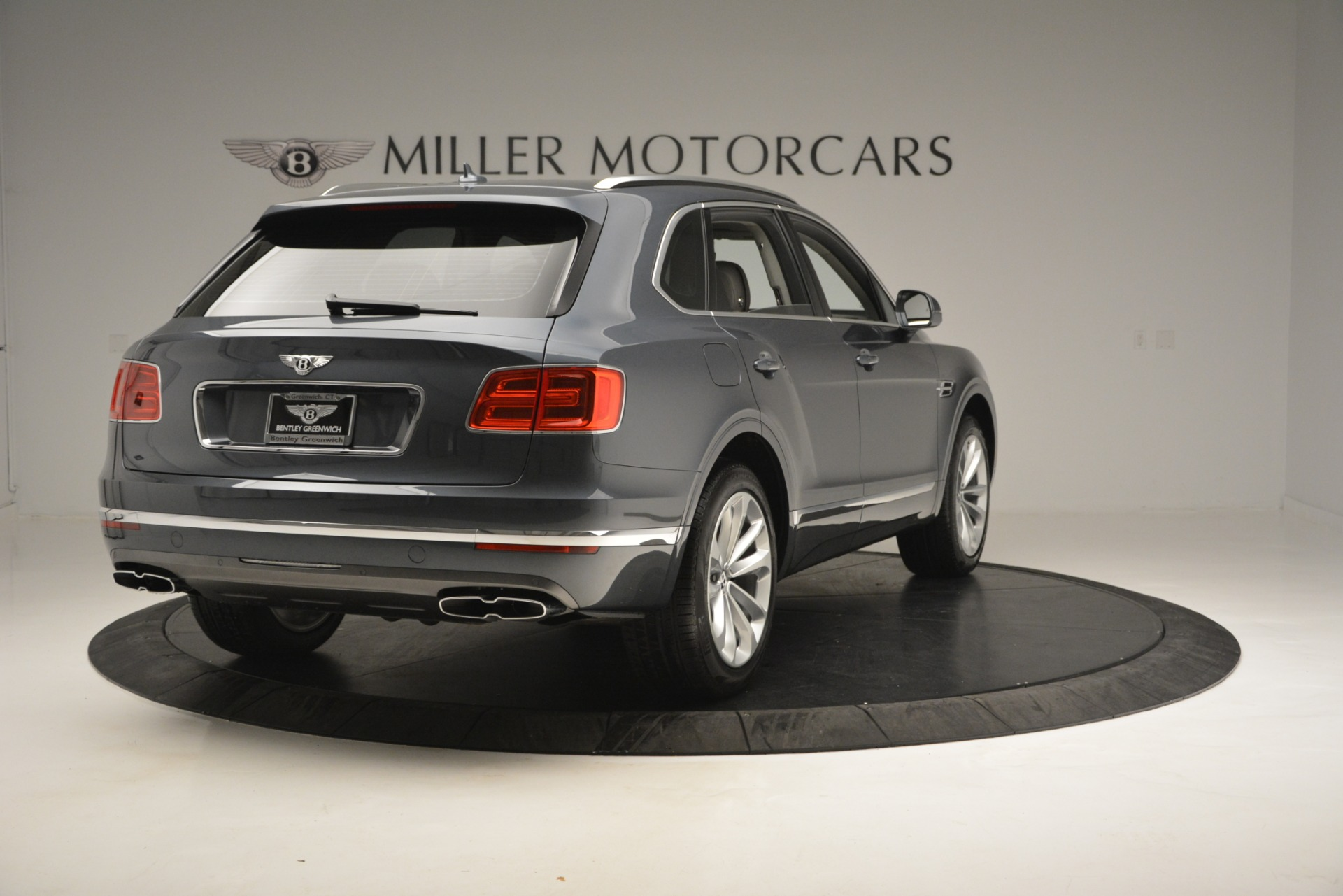New 2019 Bentley Bentayga V8 For Sale In Greenwich, CT 2828_p7