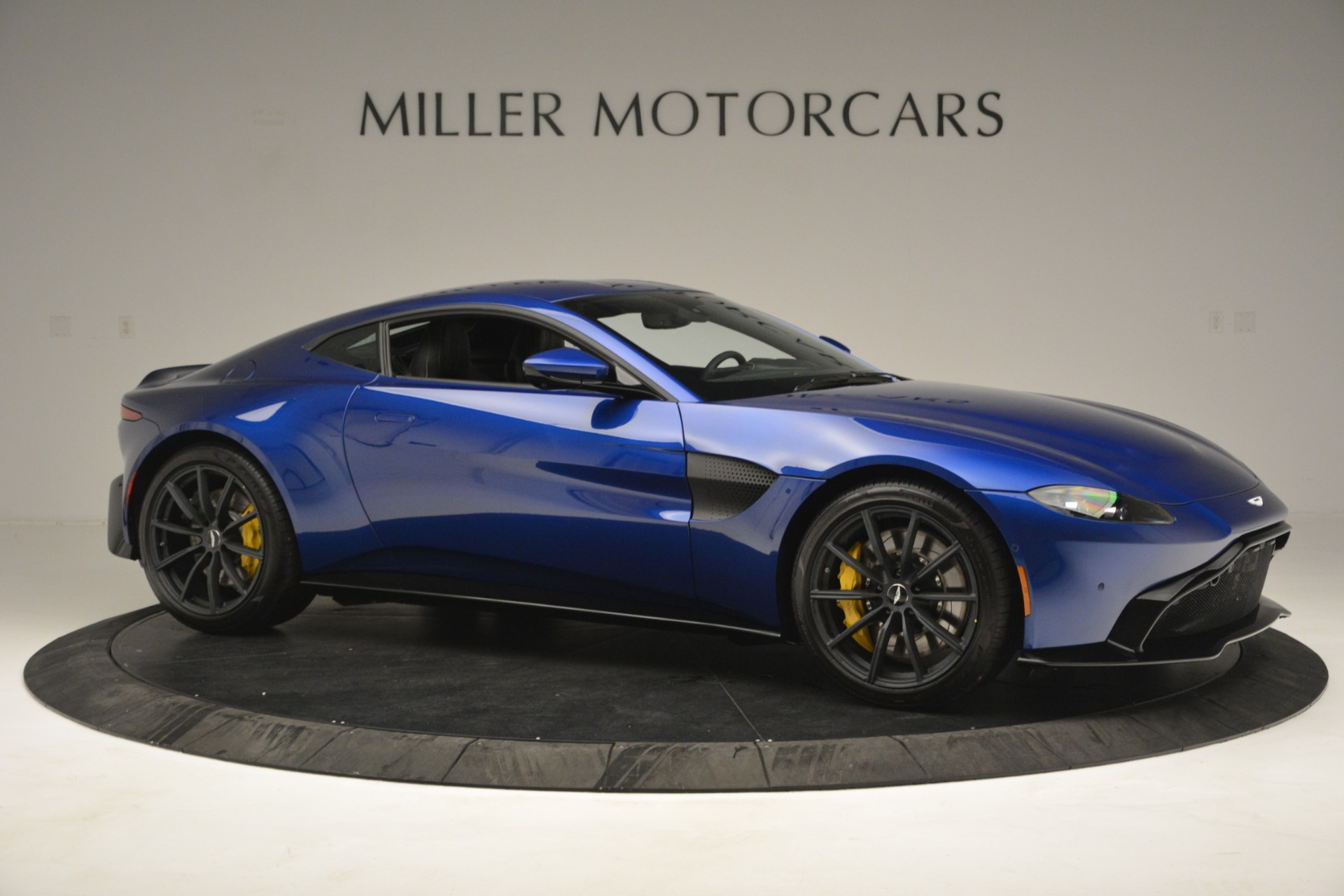New 2019 Aston Martin Vantage  For Sale In Greenwich, CT 2831_p10