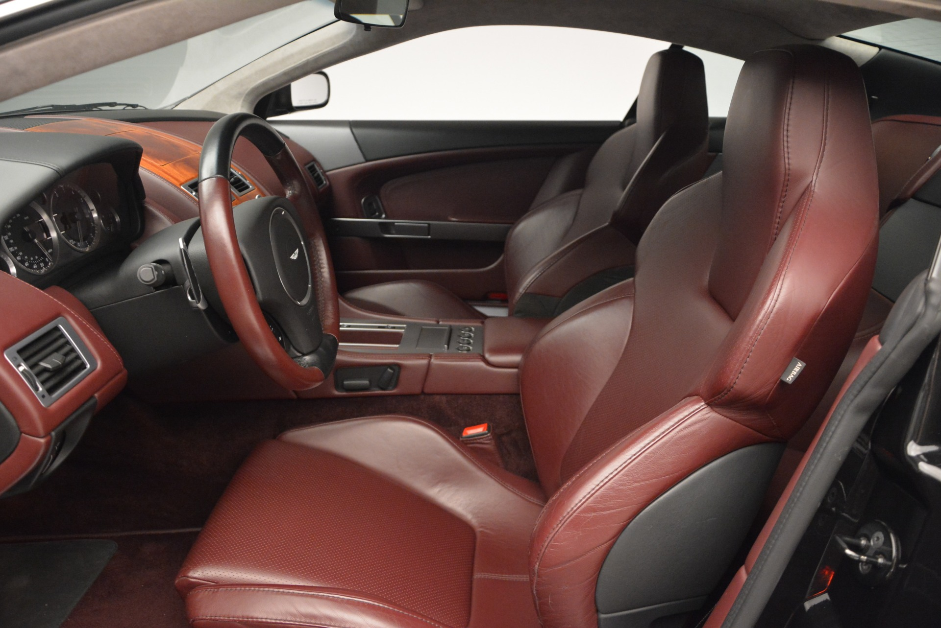 Used 2006 Aston Martin DB9 Coupe For Sale In Greenwich, CT 2832_p13