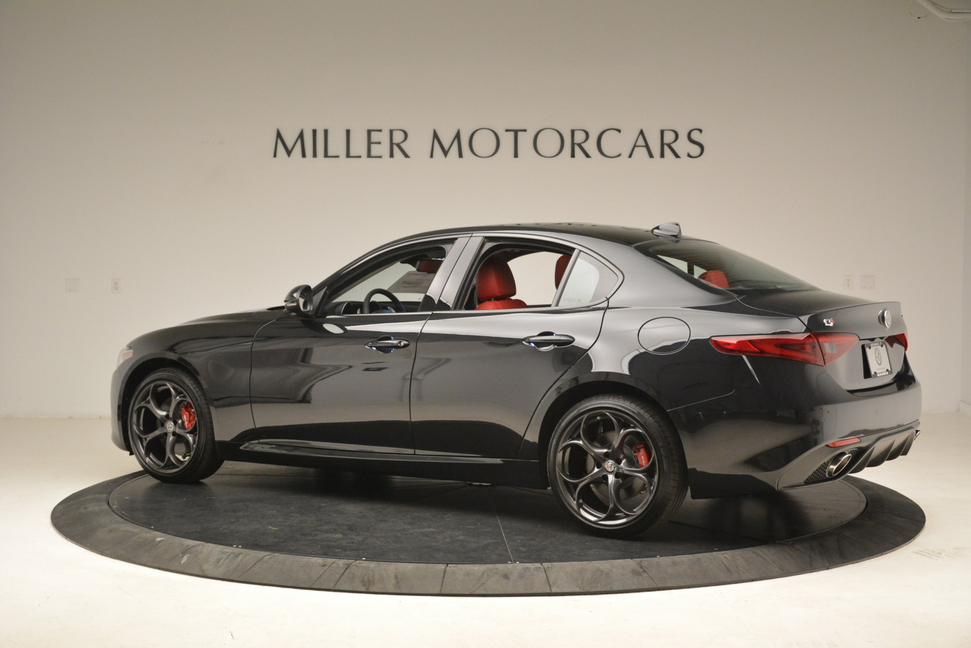 New 2019 Alfa Romeo Giulia Ti Sport Q4 For Sale In Greenwich, CT 2836_p4