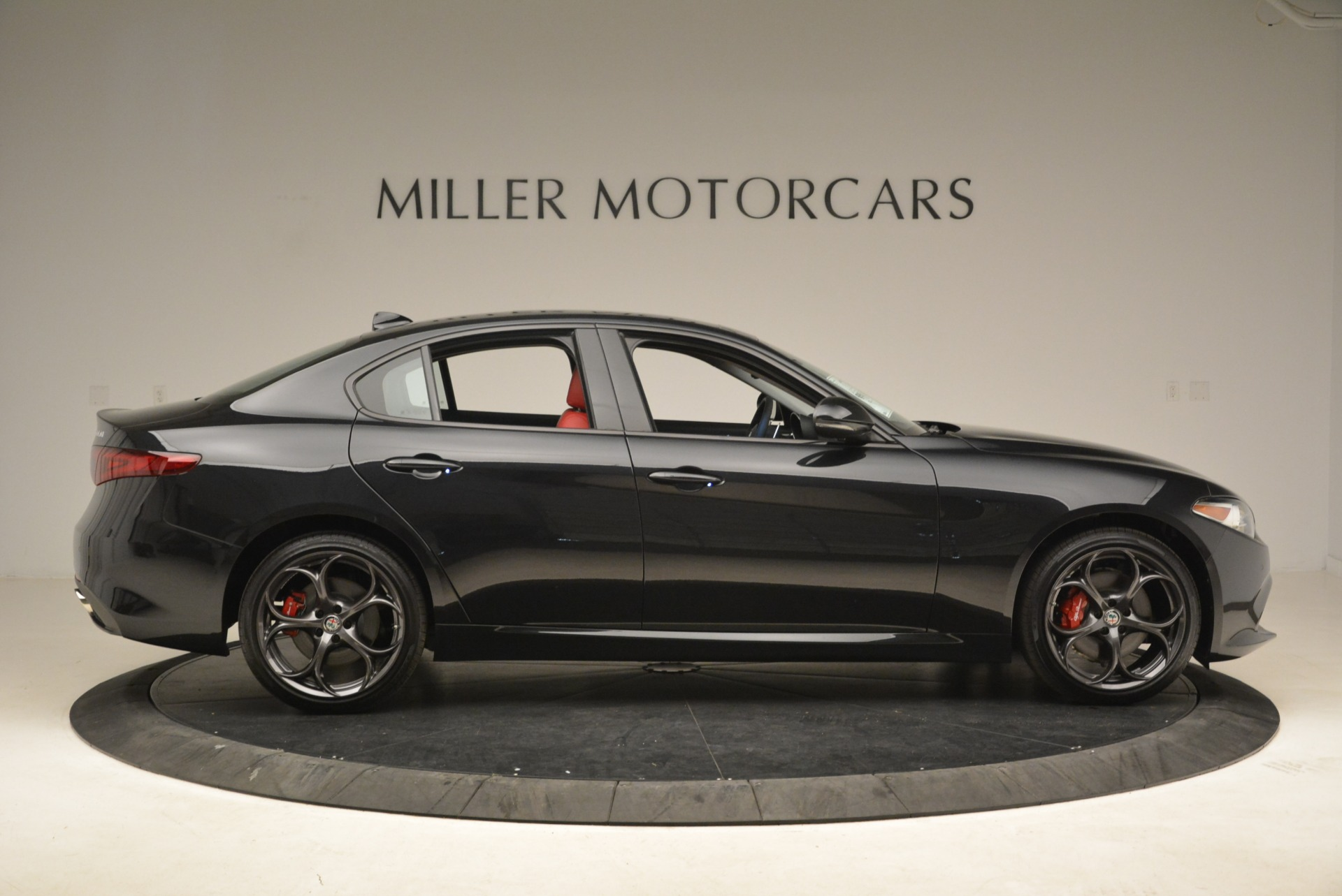New 2019 Alfa Romeo Giulia Ti Sport Q4 For Sale In Greenwich, CT 2836_p9