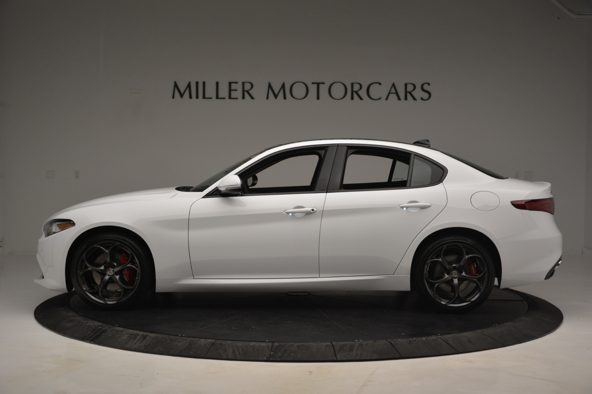 New 2019 Alfa Romeo Giulia Ti Sport Q4 For Sale In Greenwich, CT 2839_p3