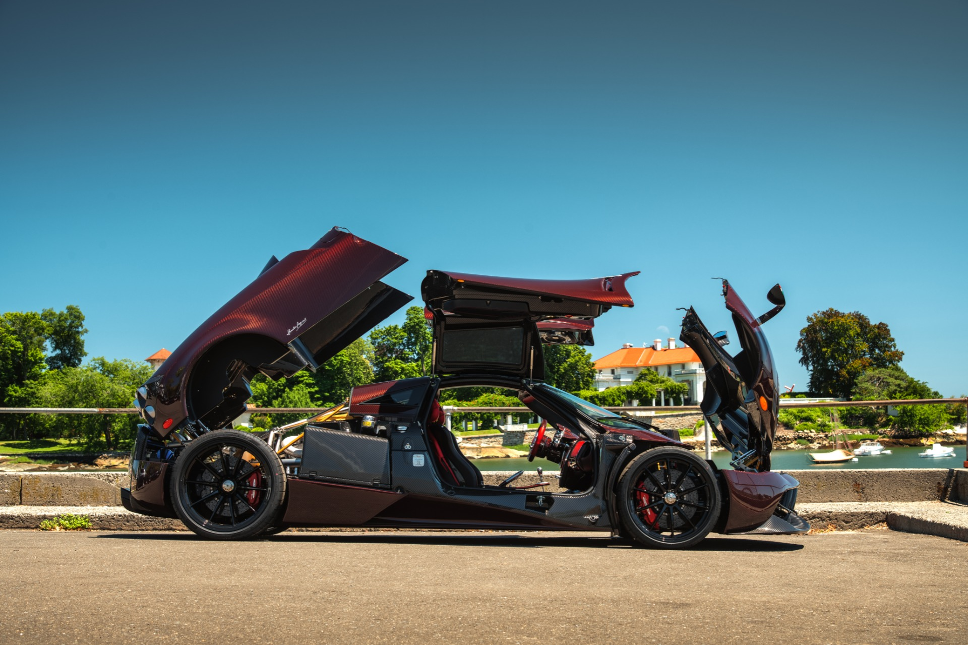 Used 2014 Pagani Huayra Tempesta For Sale In Greenwich, CT 2841_p4