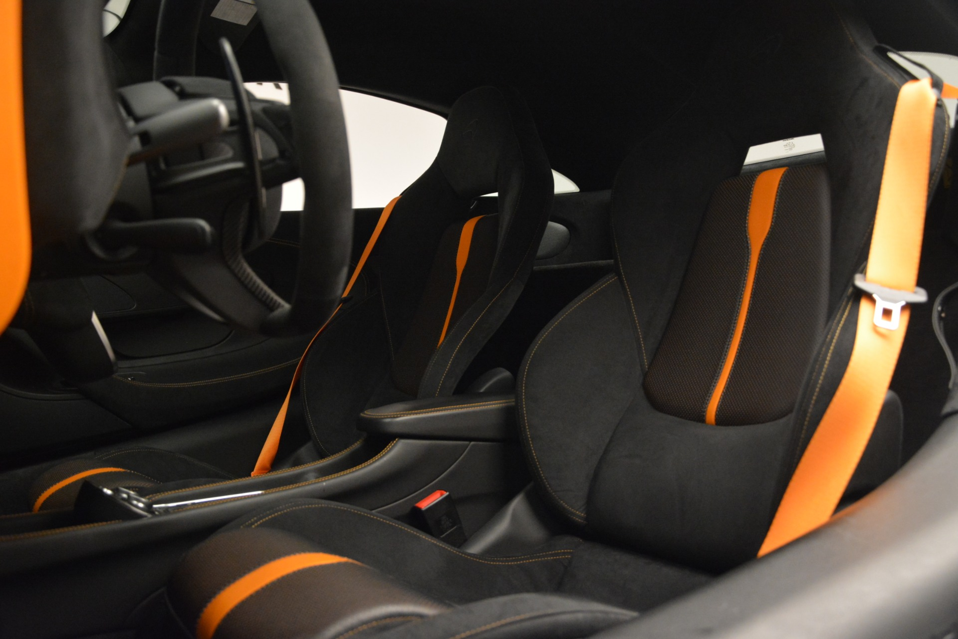 Used 2017 McLaren 570S Coupe For Sale In Greenwich, CT 2842_p17