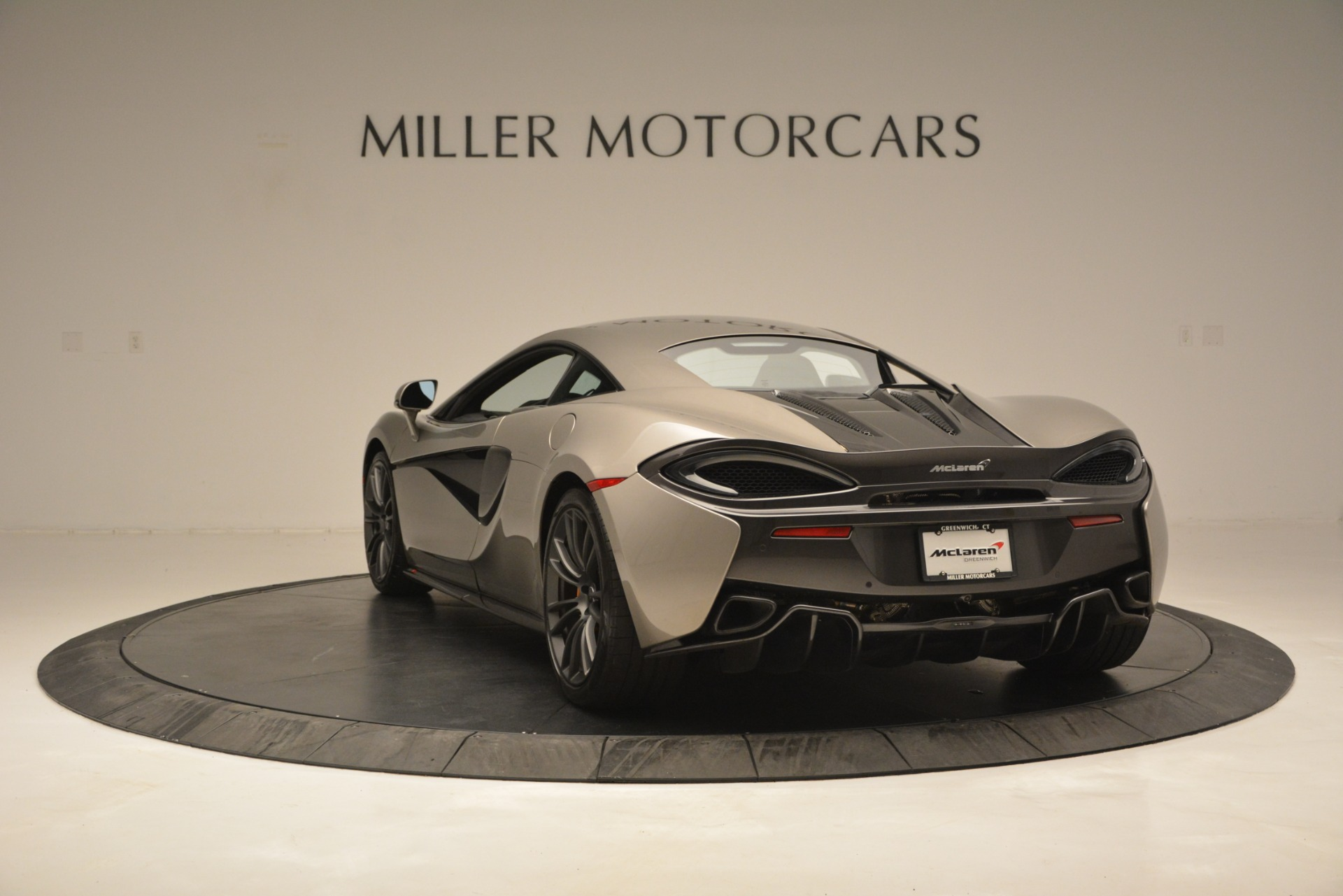 Used 2017 McLaren 570S Coupe For Sale In Greenwich, CT 2842_p5
