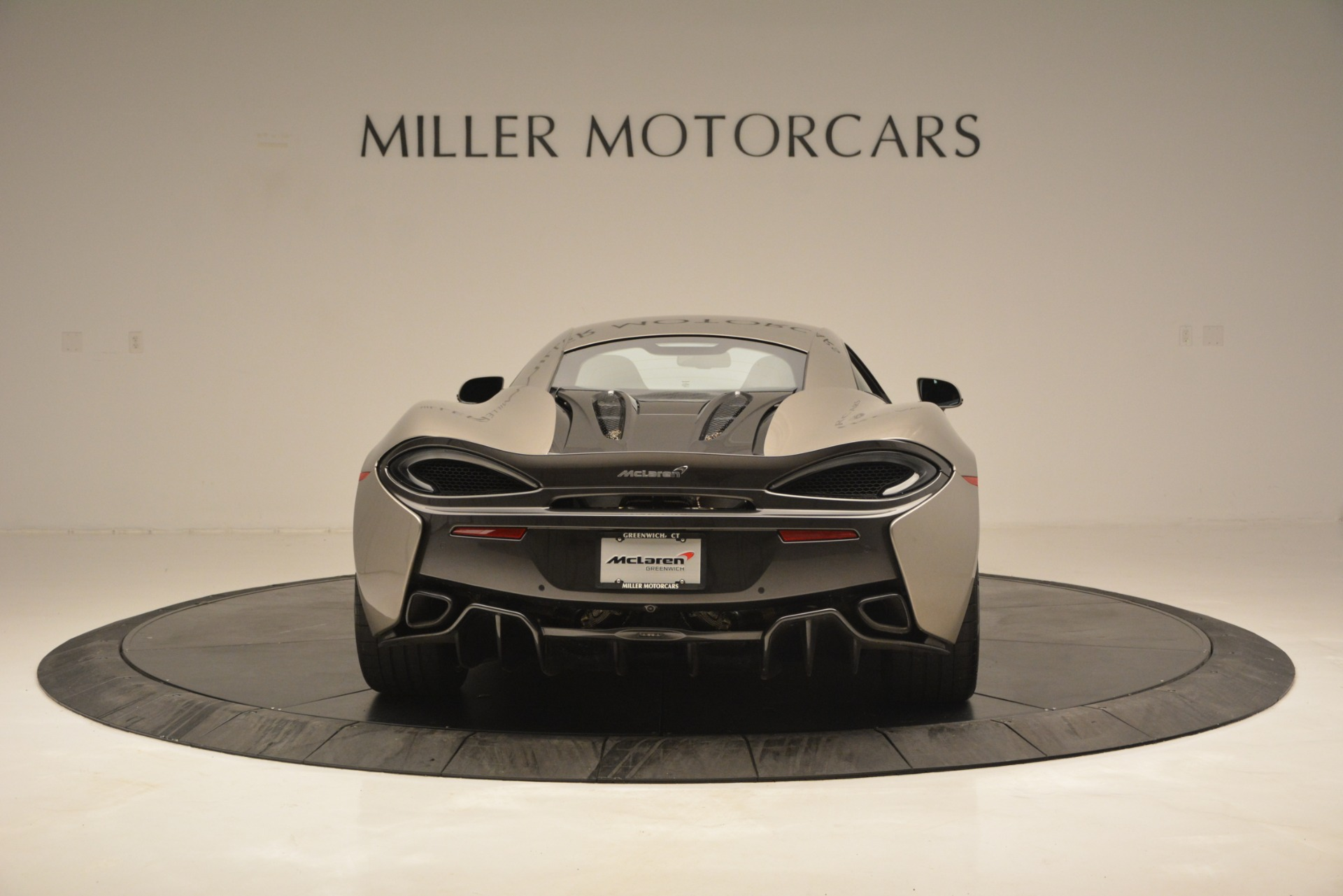 Used 2017 McLaren 570S Coupe For Sale In Greenwich, CT 2842_p6
