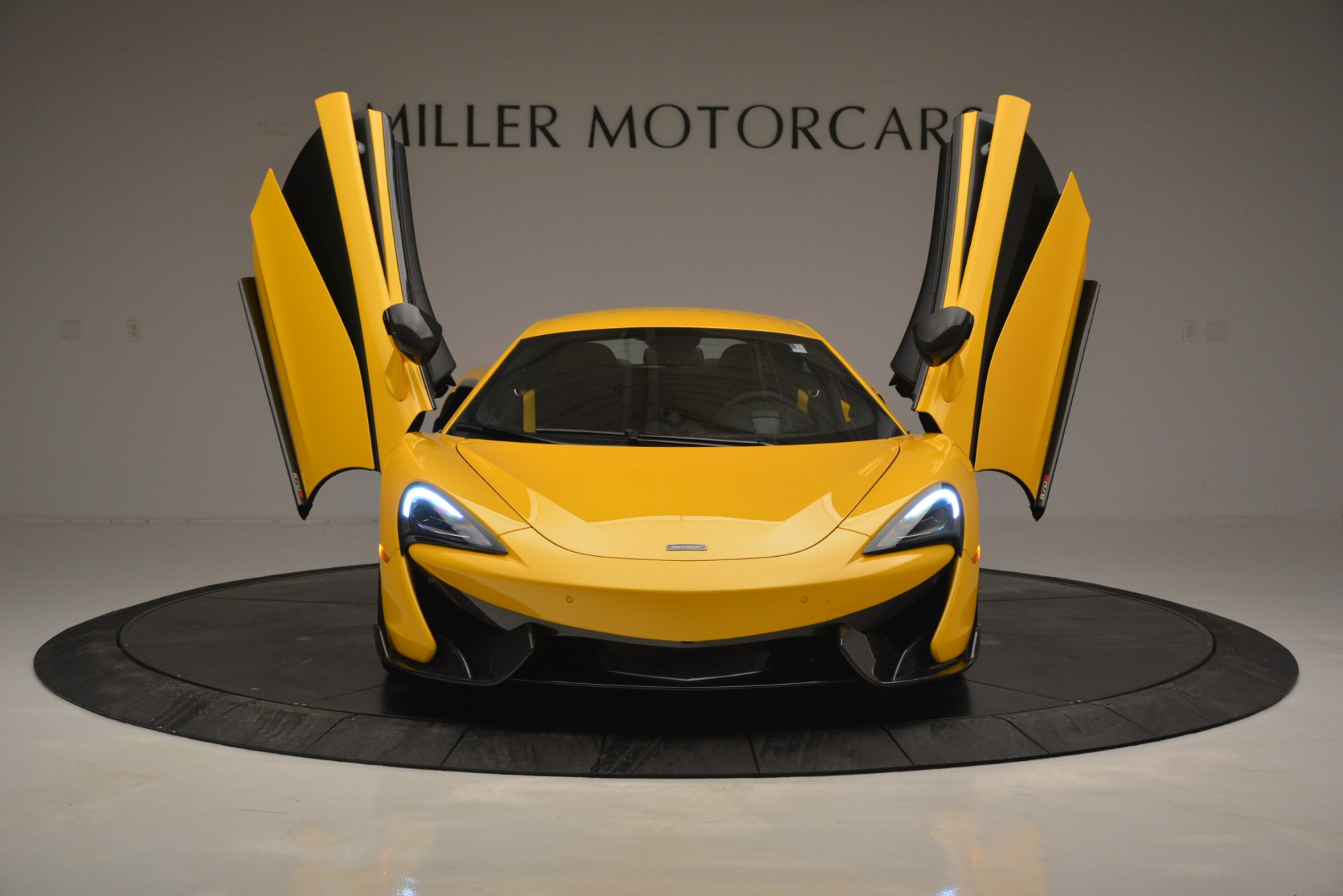Used 2017 McLaren 570S  For Sale In Greenwich, CT 2843_p13
