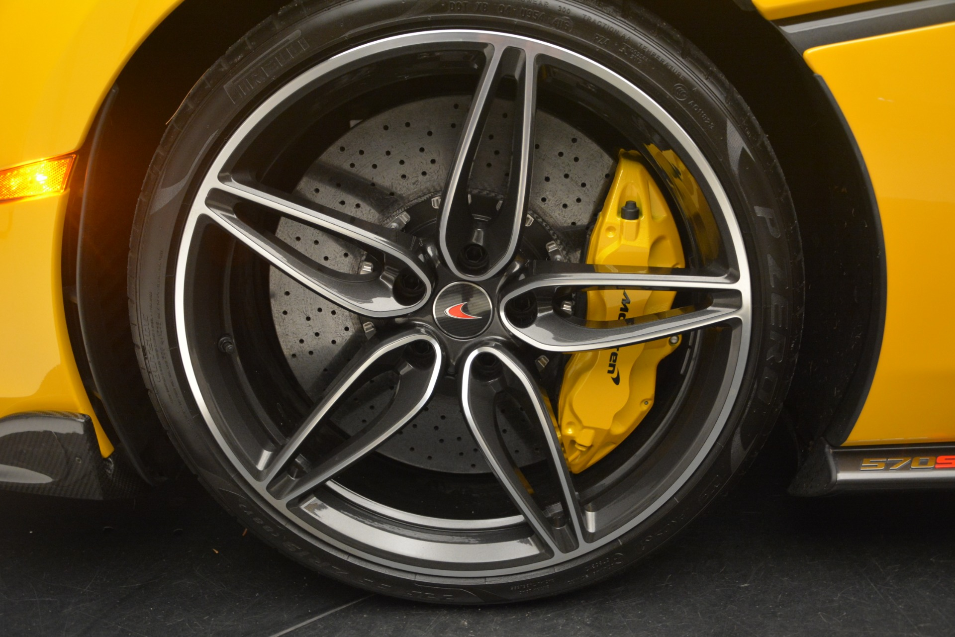 Used 2017 McLaren 570S  For Sale In Greenwich, CT 2843_p16